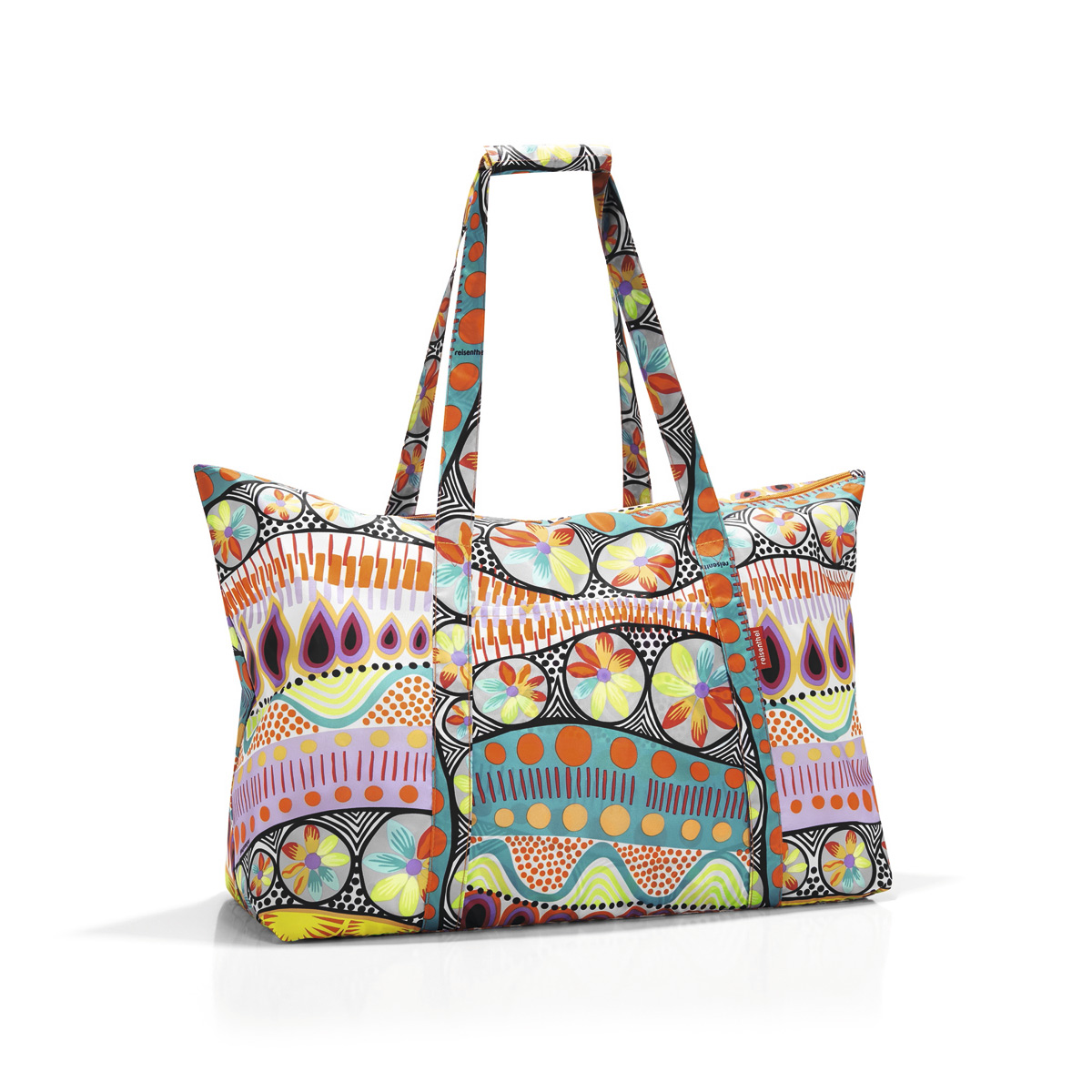 Сумка-шоппер женская Reisenthel, цвет: голубой, розовый. AG2020ML597BUL/DИдеальный компаньон для путешествий, ведь из поездки мы всегда возвращаемся со множеством сувениров и покупок. Так что еще одна сумка пригодится. Она легко складывается в маленький чехол, которые можно взять с собой в сумке или рюкзаке. Так же можно использовать для похода за продуктами.Внутренний объем сумки - 30 литров. Есть внешний кармашек для мелочей. Для удобства ручки сумки можно соединить между собой.