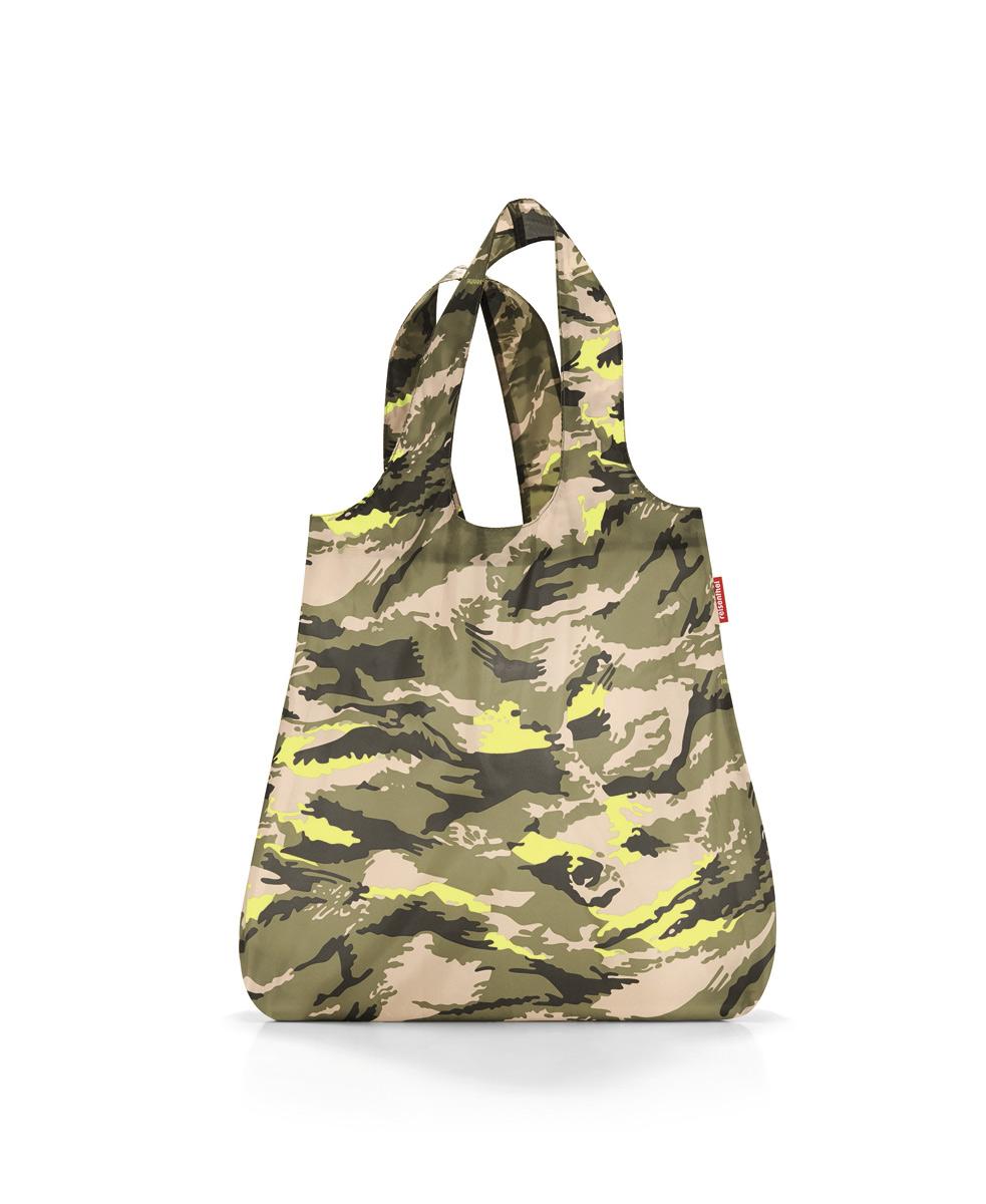 Сумка-шоппер Reisenthel, цвет: бежевый, зеленый. AT5034S76245Стильная и практичная сумка для покупок. Экологичная альтернатива одноразовым пакетам.Компактно сворачивается и фиксируется резинкой для удобства переноски.Размер в сложенном состоянии - всего 12 х 6 х 2 см.Объем – 15 литров.