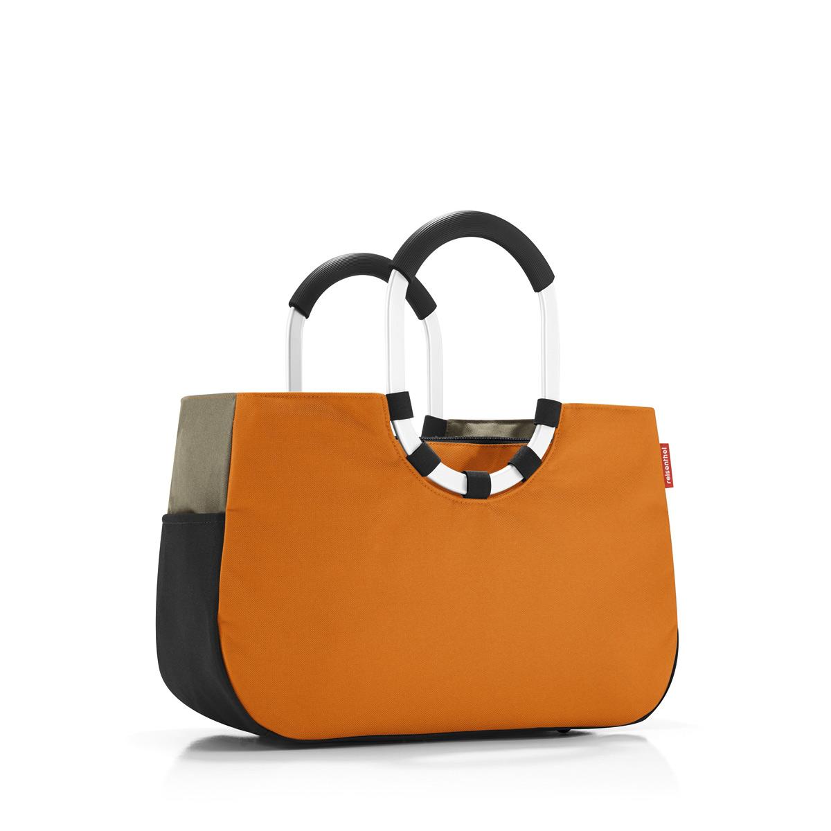 Сумка женская Reisenthel, цвет: оранжевый, черный, темно-бежевый. OS3045S76245Практичная женская сумка Reisenthel изготовлена из текстиля. Сумка имеет одно отделение, внутри которого находится прорезной карман на застежке-молнии. Снаружи, по боковым сторонам сумки расположены накладные открытые карманы. Изделие оснащено съемным отделением на застежке-молнии, которое пристегивается к сумке с помощью хлястиков с кнопками. Съемное отделение снаружи дополнено прорезным карманом на застежке-молнии и накладным открытым кармашком. Сумка оснащена двумя алюминиевыми ручками с прорезиненными накладками, которые фиксируются с помощью липучек. Основание изделия защищено от повреждений пластиковыми ножками.
