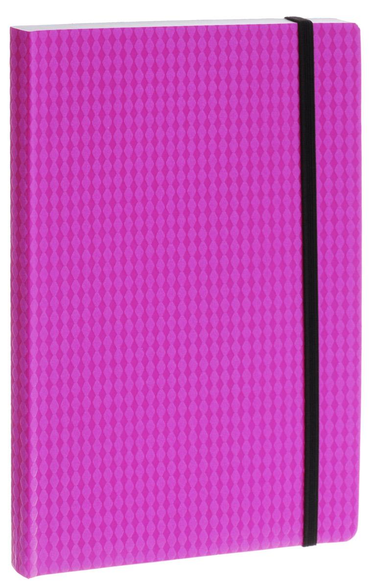 Erich Krause Тетрадь Study Up 120 листов в клетку цвет розовый формат B572523WDТетрадь Erich Krause Study Up подойдет как школьнику, так и студенту.Внутренний блок состоит из 120 склеенных листов формата B5. Стандартная линовка в серую клетку без полей. Гибкая плотная обложка с закругленными уголками надежно защитит от влаги и поможет сохранить аккуратный внешний вид тетради. Фиксирующая резинка обеспечит сохранность тетрадки. Тетрадь Erich Krause Study Up займет достойное место среди ваших канцелярских принадлежностей.
