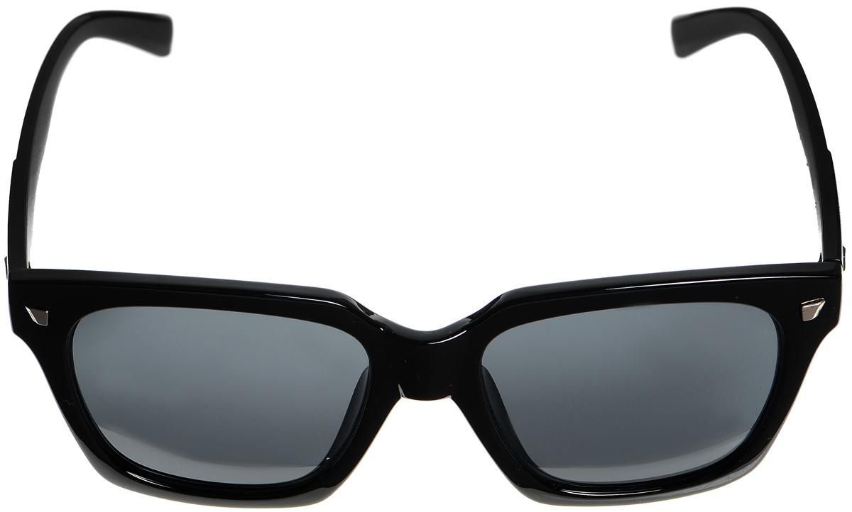 Очки солнцезащитные женские Selena, цвет: черный. 80033431BM8434-58AEСолнцезащитные женские очки Selena выполнены из высококачественного пластика. Дужки оформлены декоративными металлическими вставками.Линзы данных очков с высокоэффективным фильтром UV-400 Protection обеспечивают полную защиту от ультрафиолетовых лучей. Используемый пластик не искажает изображение, не подвержен нагреванию и вредному воздействию солнечных лучей.Такие очки защитят глаза от ультрафиолетовых лучей, подчеркнут вашу индивидуальность и сделают ваш образ завершенным.