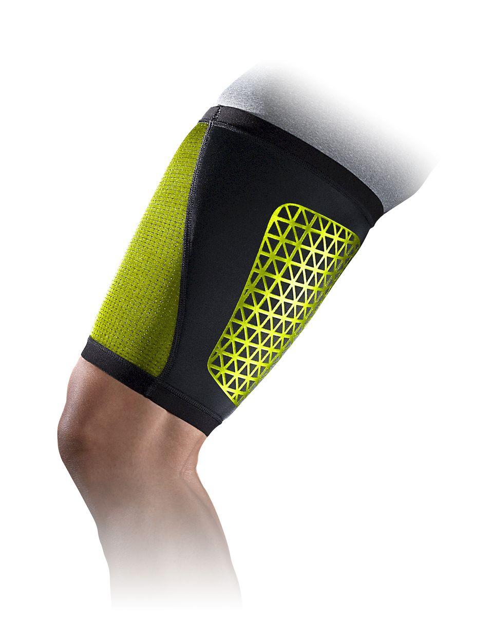 Набедренник Nike, цвет: черный, желтый. Размер LBY4189Набедренник Nike выполнен из высококачественного материала. Легкий материал Airprene держит мышцы в тепле, что обеспечивает дополнительную поддержку и защищает от растяжений. Высокая степень регуляции воздуха и тепла. Контурный дизайн и конструкция обеспечивает свободу движений. Износостойкий.
