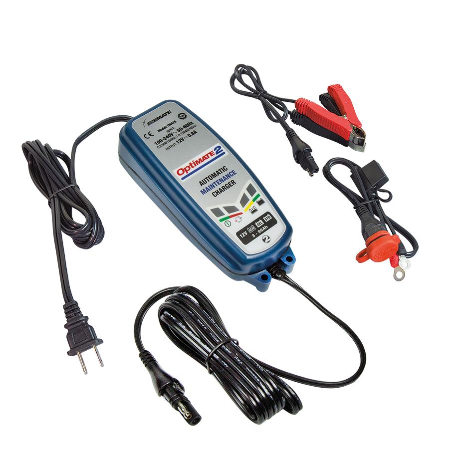 Зарядное устройство OptiMate 2. TM420ПУ-1_черный/серебристыйМногоступенчатое зарядное устройство Optimate от бельгийской компании TecMate с режимами тестирования, восстановления глубокоразряженных аккумуляторных батарей, десульфатации и хранения. Управление полностью автоматическое без кнопок. Заряжает все типы 12В свинцово-кислотных аккумуляторных батарей, в т.ч. AGM, GEL. Защита от короткого замыкания, переполюсовки, искрообразования, перегрева. Оптимизирует срок службы и здоровье аккумуляторной батареи. Гарантия 3 года. Влагозащищенный корпус. Рекомендовано 10-ю ведущими производителями мототехники. Optimate 2 рекомендуется для АКБ от 3 Ач до 96 Ач для длительного обслуживания. Ток зарядки: 0,8А.Старт заряда АКБ от 2В.Температурный режим: -20...+40°С. В комплект устройства входят аксессуары: O1 кольцевой разъем постоянного подключения и O4 зажимы типа крокодил.