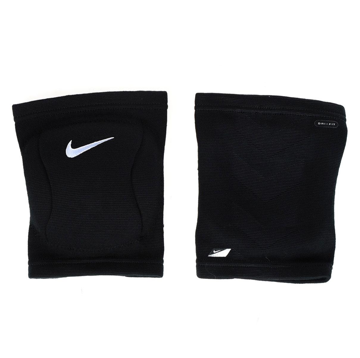 Наколенник Nike, цвет: черный. Размер L/XLAIRWHEEL M3-162.8Наколенник Nike для волейбола выполнен из высококачественного материала. В составе - вспененная резина, не натирают, комфортно сидят на ноге. С внутренней стороны - мягкая подкладка. Не стесняет движения. Очень легкие и плотно обтягивают ногу.