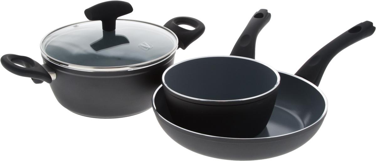 Набор посуды Vitesse Black–and–White, с антипригарным покрытием, 4 предмета. VS-290154 009312Набор посуды Vitesse Black-and-White состоит из кастрюли с крышкой, ковша и сковороды. Изделия выполнены из высококачественного алюминия. Внешнее термостойкое покрытие, подвергшееся высокотемпературной обработке, обеспечивает легкую чистку. Внутреннее керамическое покрытие Eco-Cera абсолютно безопасно для здоровья человека и окружающей среды, так как не содержит вредной примеси PFOA и имеет низкое содержание CO в выбросах при производстве. Керамическое покрытие обладает устойчивостью к царапинам и механическим повреждениям. Прочность покрытия позволяет готовить при температуре до 450°С и использовать металлические лопатки. Кроме того, с таким покрытием пища не пригорает и не прилипает к стенкам. Готовить можно с минимальным количеством подсолнечного масла. Дно изделий снабжено антидеформационным индукционным диском. Посуда быстро разогревается, распределяя тепло по всей поверхности, что позволяет готовить в энергосберегающем режиме, значительно сокращая время, проведенное у плиты.Посуда оснащена удобными ненагревающимися ручками из бакелита с эффектом Soft-Touch.Крышка из термостойкого стекла позволит следить за процессом приготовления пищи без потери тепла. Она плотно прилегает к краям кастрюли, сохраняя аромат блюд. Можно использовать на газовых, электрических, стеклокерамических, галогенных, индукционных плитах. Можно мыть в посудомоечной машине. Объем кастрюли: 2,3 л.Объем ковша: 1,2 л.Диаметр кастрюли (по верхнему краю): 21 см. Диаметр ковша (по верхнему краю): 16,5 см.Диаметр сковороды (по верхнему краю): 24,5 см.Высота кастрюли: 9 см.Высота ковша: 7,5 см.Высота сковороды: 5 см.Диаметр дна кастрюли: 15 см.Диаметр дна ковша: 12,5 см.Диаметр дна сковороды: 18 см.