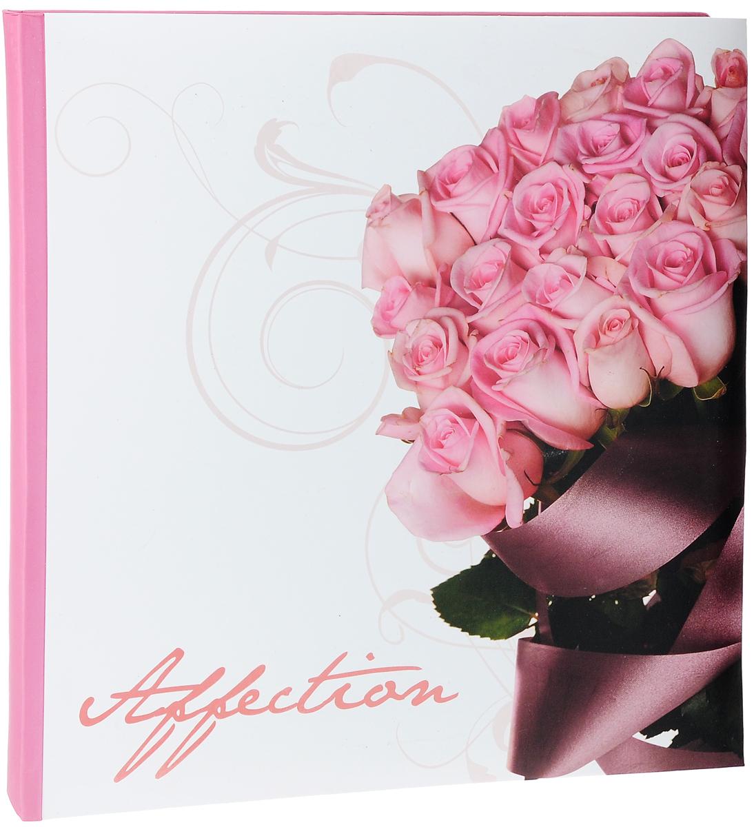 Фотоальбом Pioneer Romantic flower, 40 магнитных страниц, 31,5 х 31,7 см7686 156VФотоальбом Pioneer Romantic flower сохранит моменты ваших счастливых мгновений на своих страницах. Обложка выполнена из плотного картона и оформлена красочным рисунком и надписью. Переплет книжный. Альбом имеет магнитные листы, изготовленные из картона с покрытием ПВХ-пленкой. Такие листы обладают следующими преимуществами: - Не нужно прикладывать усилий для закрепления фотографий, - Не нужно заботиться о размерах фотографий, так как вы можете вставить в альбом фотографии разных размеров, - Защита фотографий от постоянных прикосновений зрителей с помощью пленки ПВХ.Нам всегда так приятно вспоминать о самых счастливых моментах жизни, запечатленных на фотографиях. Поэтому фотоальбом является универсальным подарком к любому празднику. вашим родным, близким и просто знакомым будет приятно помещать фотографии в этот альбом.Количество листов: 40 шт.Размер листа: 31,5 х 31,7 см.