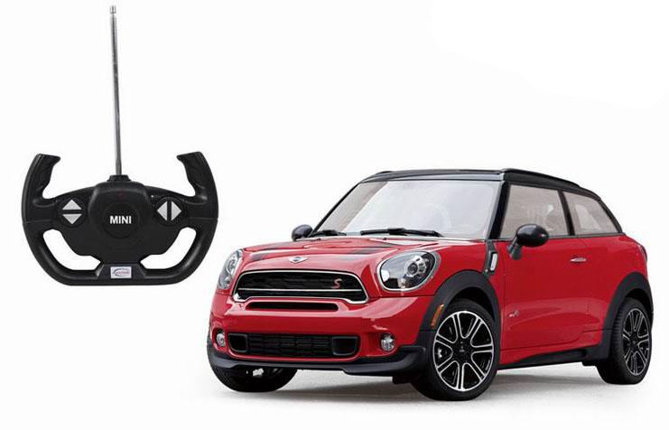 Данная модель обладает следующими функциями: она может ездить вперед и сдавать назад, поворачивать влево и вправо, имеет световые эффекты, в виде горящих фар. Как и свой реальный прототип, эта машинка обладает настоящим спортивным характером: маневренность на дороге, хорошая управляемость, высокая скорость. Mini Countryman выполнена с большим вниманием к деталям, с интересным и запоминающимся дизайном, а внушительный размер автомашинки лишь добавляет ей реалистичности. Кроме всего прочего, она обладает специальной системой амортизации, которая будет весьма кстати на уличных гоночных треках. Штрих код: 6930751308305 Возраст: от 5 лет Для мальчиков Модель: Mini Countryman. Цвет: красный / желтый. Масштаб: 1:14. Комплект: машинка, пульт управления. Тип батареек: 5 x АА / LR6 1.5V (пальчиковые) Дальность действия: 35 м. Из чего сделана игрушка (состав): металл, пластик. Размер упаковки: 43 x 22.5 x 17.5 см. Размер игрушки: 29.4 x 11.3 x 14.3 см. Упаковка: картонная коробка блистерного...