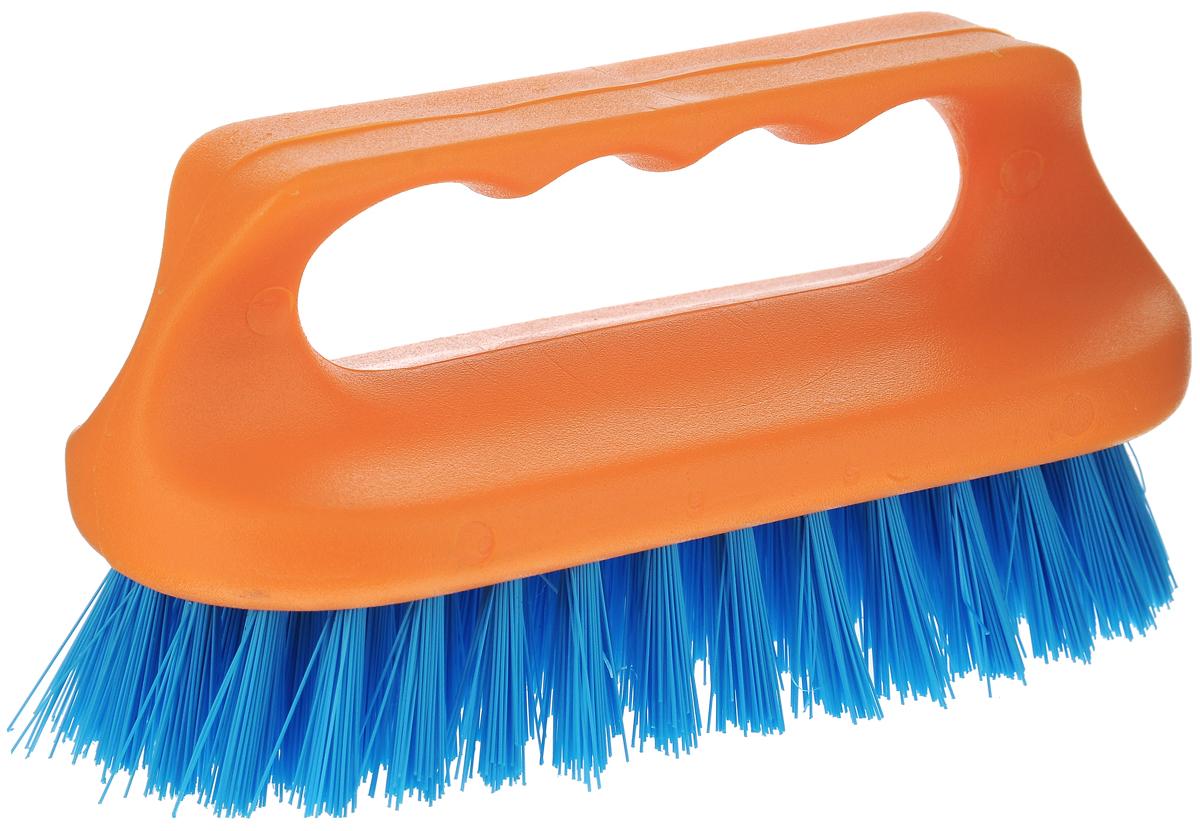 Щетка для ванны Хозяюшка Мила Сальвия, цвет: оранжевый, синий391602Щетка для ванны Хозяюшка Мила Сальвия, изготовленная из высокопрочного пластика, идеально подходит для снятия сильных загрязнений. Удобная ручка делает процесс чистки комфортным, а форма щетки позволяет хорошо чистить даже труднодоступные места. Щетина средней жесткости не повреждает поверхность. Длина щетины: 2,5 см.