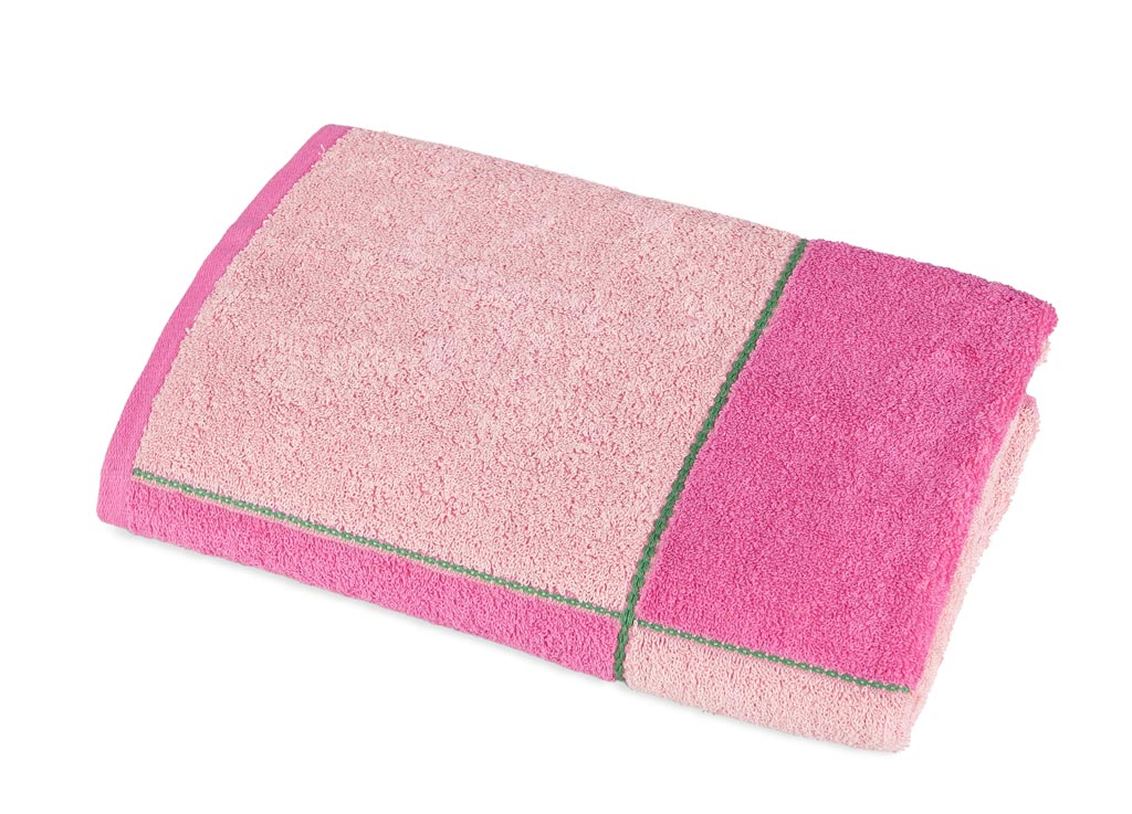 Полотенце Soavita Premium. Азия, цвет: розовый, 45 х 90 смES-412Полотенце Soavita Premium. Азия выполнено из 100% хлопка с мягким ворсом и оформлено принтом в клетку. Изделие отлично впитывает влагу, быстро сохнет, сохраняет яркость цвета и не теряет форму даже после многократных стирок. Полотенце очень практично и неприхотливо в уходе. Оно создаст прекрасное настроение и украсит интерьер в ванной комнате.