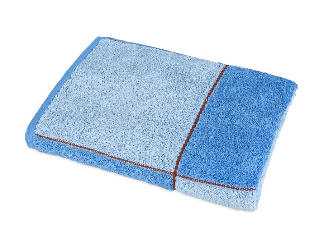 Полотенце Soavita Premium. Азия, цвет: синий, голубой, 65 х 135 см531-105Банное полотенце Soavita Premium. Азия выполнено из 100% хлопка с мягким ворсом и оформлено принтом в клетку. Изделие отлично впитывает влагу, быстро сохнет, сохраняет яркость цвета и не теряет форму даже после многократных стирок. Полотенце очень практично и неприхотливо в уходе. Оно создаст прекрасное настроение и украсит интерьер в ванной комнате.
