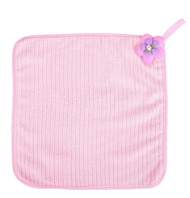 Салфетка кухонная Soavita Цветок, цвет: розовый, 30 х 30 см115358Салфетка Soavita Цветок выполнена из микрофибры и декорирована нежным цветком. Идеально подходит для сухой и влажной чистки. Полностью удаляет воду, не оставляя следа. Превосходит все традиционные аналоги салфеток. В сухом виде подходит для деликатных поверхностей: стекол, зеркал, оптики, мониторов, мебели, бытовой техники и многого другого. Во влажном виде незаменима на кухне, в ванной, в уходе за автомобилем. Изделие оснащено петелькой для подвешивания на крючок.Салфетка создаст прекрасное настроение и украсит интерьер вашей кухни, а также прекрасно подойдет в качестве приятного презента. Перед использованием постирать при температуре не выше +40°С.