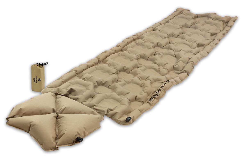 Коврик надувной Klymit Inertia Ozone pad Recon, цвет: песочныйSPIRIT ED 1050Надежный, легкий и теплый надувной коврик с интегрированной подушкой в 10 см. Складывается до размера алюминиевой банки 360 мл. Технология Loft Pocket (сохранение тепла и улучшенная воздухопроницаемость за счет пустот и сварных швов). Технология Body Mapping (комфорт за счет учета ключевых точек давления тела на коврик). Для использования внутри и снаружи спального мешка.Материал: полиэстер 75D. Надувается за 4-7 выдоховРазмер в сложенном виде: 8,9 x 15,2 см. В комплекте: коврик, набор для ремонта (патч и клей), чехол.