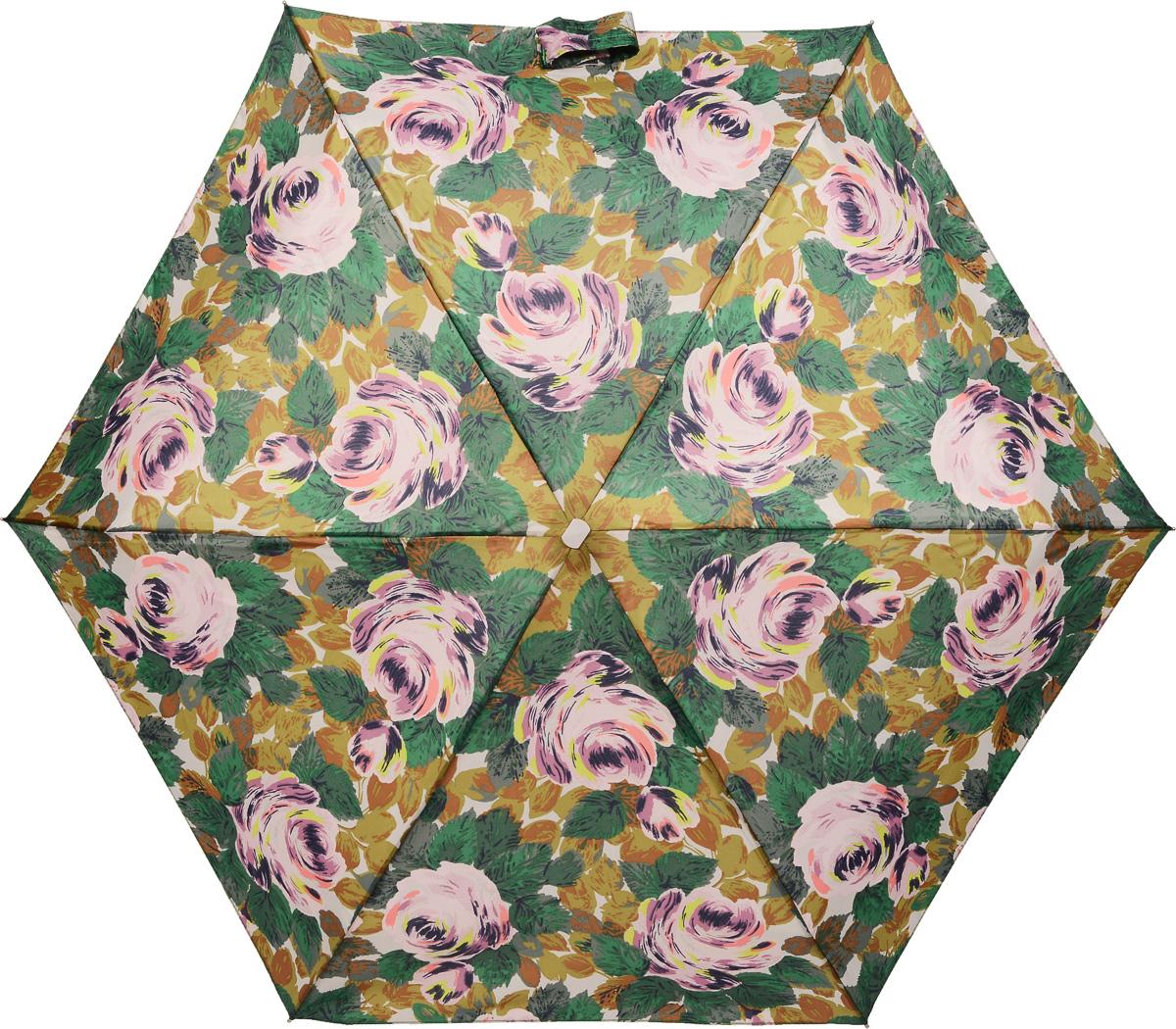 Зонт женский Fulton Cath Kidston, механический, 5 сложений, цвет: зеленый, бежевый. L521-3071REM12-CAM-GREENBLACKКомпактный женский зонт Fulton Cath Kidston выполнен из металла и пластика.Каркас зонта выполнен из шести спиц на прочном алюминиевом стержне. Купол зонта изготовлен из прочного полиэстера. Закрытый купол застегивается на хлястик с липучкой. Практичная рукоятка закругленной формы разработана с учетом требований эргономики и выполнена из натурального дерева.Зонт складывается и раскладывается механическим способом.Зонт дополнен легким плоским чехлом. Такая модель не только надежно защитит от дождя, но и станет стильным аксессуаром.