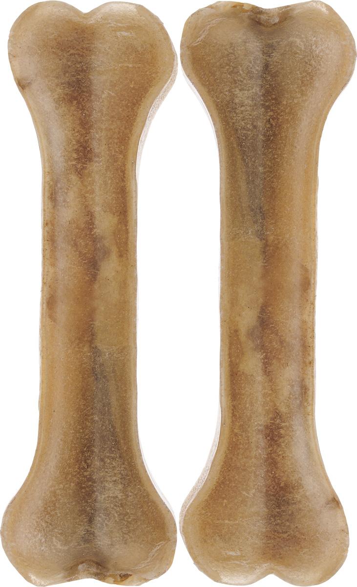 Лакомство для собак из жил Каскад Кость, длина 18 см, 2 шт101246Лакомство для собак Каскад Кость идеально подходит для ухода за зубами и деснами. При ежедневном применении предупреждает образование зубного налета. Такая косточка будет аппетитным лакомством и занимательной игрушкой для вашего любимца.Комплектация: 2 шт.Размер косточки: 18 х 5 х 2 см.Вес одной косточки: 95-100 г.Товар сертифицирован.