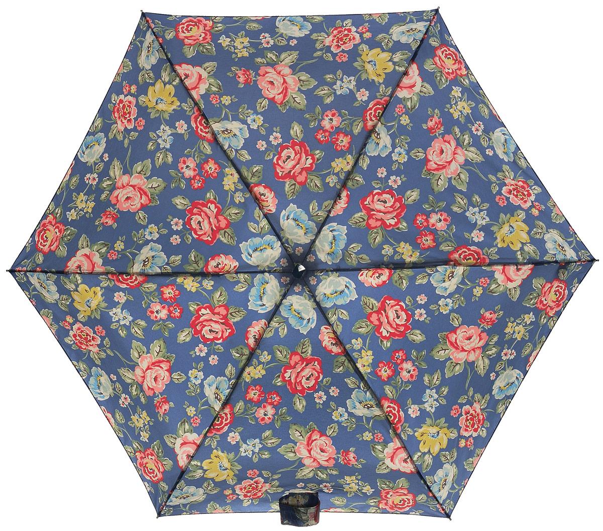 Зонт женский Fulton Cath Kidston, механический, 5 сложений, цвет: синий, мультиколор. L521-2947K60K603557_0130Компактный женский зонт Fulton выполнен из металла и пластика.Каркас зонта выполнен из шести спиц на прочном алюминиевом стержне. Купол зонта изготовлен из прочного полиэстера. Закрытый купол застегивается на хлястик с липучкой. Практичная рукоятка закругленной формы разработана с учетом требований эргономики и выполнена из натурального дерева.Зонт складывается и раскладывается механическим способом.Зонт дополнен легким плоским чехлом. Такая модель не только надежно защитит от дождя, но и станет стильным аксессуаром.