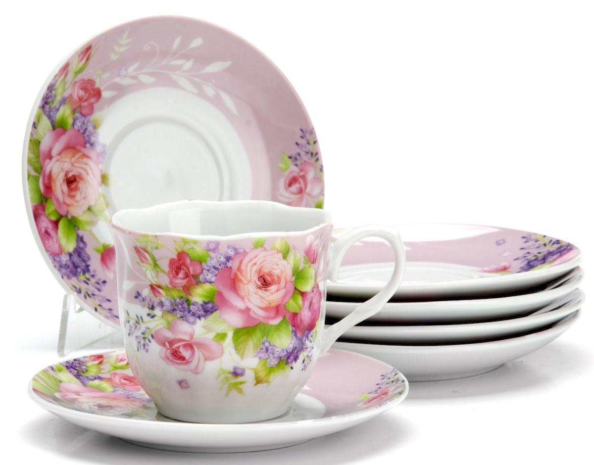 Чайный сервиз Loraine Цветы, 220 мл, 12 предметов. 25910VT-1520(SR)Чайный сервиз на 6 персон изготовлен из качественного фарфора и оформлен красивым рисунком. Элегантный и удобный чайный сервиз не только украсит сервировку стола, но и поднимет настроение и превратит процесс чаепития в одно удовольствие.Сервиз состоит из 12 предметов: шести чашек и шести блюдец, упакованных в подарочную коробку. Чашки имеют удобную, изящную ручку.Изделия легко и просто мыть.Диаметр чашки: 8 см.Высота чашки: 7,5 см.Объем чашки: 220 мл.Диаметр блюдца: 14 см.