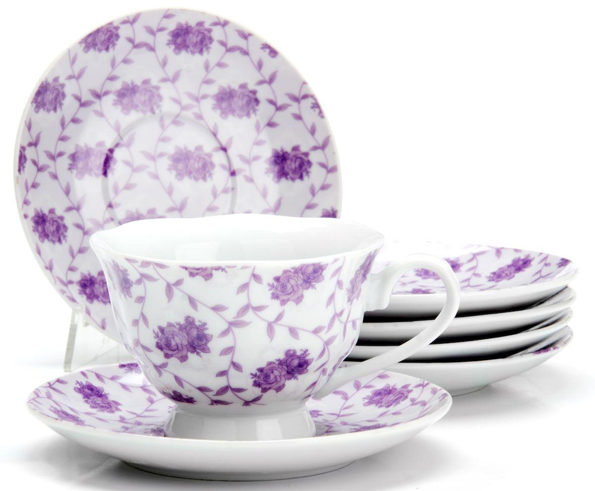 Чайный сервиз Loraine Цветы, 150 мл, 12 предметов. 25918115510Чайный сервиз на 6 персон изготовлен из качественного фарфора и оформлен красивым рисунком. Элегантный и удобный чайный сервиз не только украсит сервировку стола, но и поднимет настроение и превратит процесс чаепития в одно удовольствие. Сервиз состоит из 12 предметов: шести чашек и шести блюдец, упакованных в подарочную коробку. Чашки имеют удобную, изящную ручку. Диаметр чашки: 9 см.Высота чашки: 6,5 см.Объем чашки: 150 мл.Диаметр блюдца: 13,5 см.