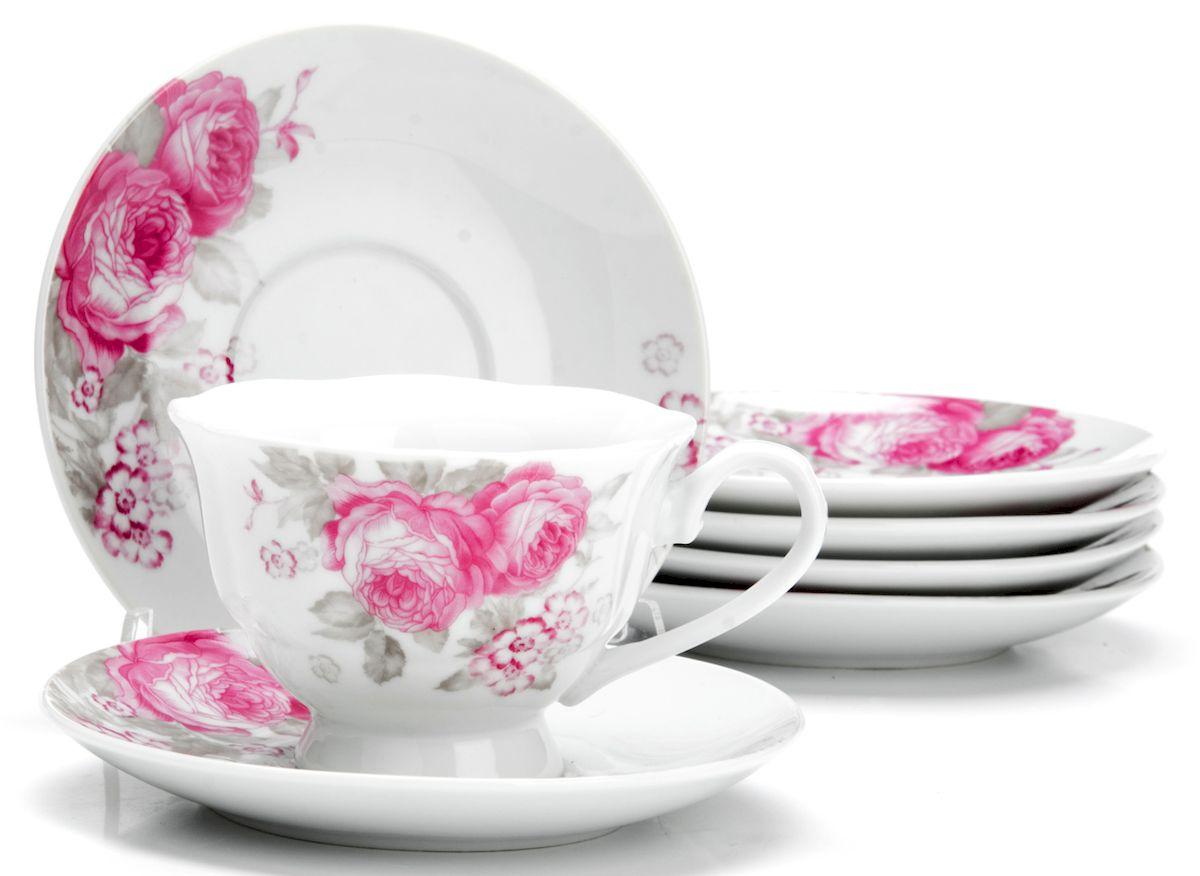 Чайный сервиз Loraine Цветы, 150 мл, 12 предметов. 25920Аксион Т-33Чайный сервиз на 6 персон изготовлен из качественного фарфора и оформлен красивым рисунком. Элегантный и удобный чайный сервиз не только украсит сервировку стола, но и поднимет настроение и превратит процесс чаепития в одно удовольствие. Сервиз состоит из 12 предметов: шести чашек и шести блюдец, упакованных в подарочную коробку. Чашки имеют удобную, изящную ручку. Диаметр чашки: 9 см.Высота чашки: 6,5 см.Объем чашки: 150 мл.Диаметр блюдца: 13,5 см.