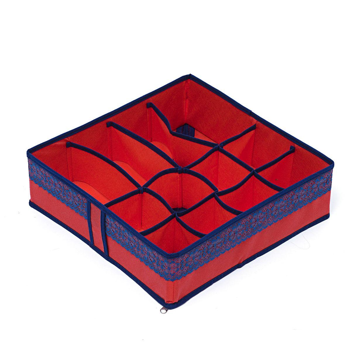 Органайзер для хранения вещей Homsu Rosso, 12 ячеек , 35 х 35 х 10 см12723Компактный органайзер Homsu Rosso изготовлен из высококачественного полиэстера, который обеспечивает естественную вентиляцию. Материал позволяет воздуху свободно проникать внутрь, но не пропускает пыль. Органайзер отлично держит форму, благодаря вставкам из плотного картона. Изделие имеет 12 квадратных секций для хранения нижнего белья, колготок, носков и другой одежды.Такой органайзер позволит вам хранить вещи компактно и удобно, а оригинальный дизайн сделает вашу гардеробную красивой и невероятно стильной.