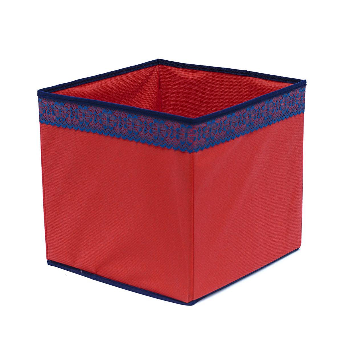 Кофр для хранения Homsu Rosso, 27 х 27 х 27 смRG-D31SКофр для хранения Homsu Rosso изготовлен из высококачественного нетканого полотна и декорирован вставкой из кружева. Кофр имеет одно большое отделение, где вы можете хранить различные бытовые вещи, нижнее белье, одежду и многое другое. Вставки из картона обеспечивают прочность конструкции. Стильный принт, модный цвет и качество исполнения сделают такой кофр незаменимым для хранения ваших вещей.