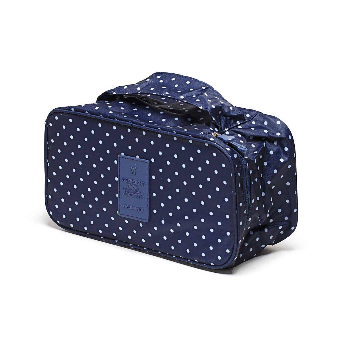 Косметичка-органайзер Homsu, цвет: синий, 28 x 13 x 15 смEP1246_wengeКосметичка-органайзер Homsu выполнена из высококачественного полиэстера. Закрывается изделие на застежку-молнию. Внутри имеется 4 отделения для мелочей, а также дополнительная сумочка размером 22 х 14 см, которая крепится к косметичке посредством липучки и надежно защищает ваши вещи за счет удобной молнии. Теперь вы сможете всегда брать с собой все, что вам может понадобиться. Сверху органайзера имеется ручка для удобной переноски. Косметичка-органайзер Homsu станет незаменимым аксессуаром для любой девушки.Размер косметички: 28 х 13 х 15 см. Размер сумочки: 22 х 14 см.