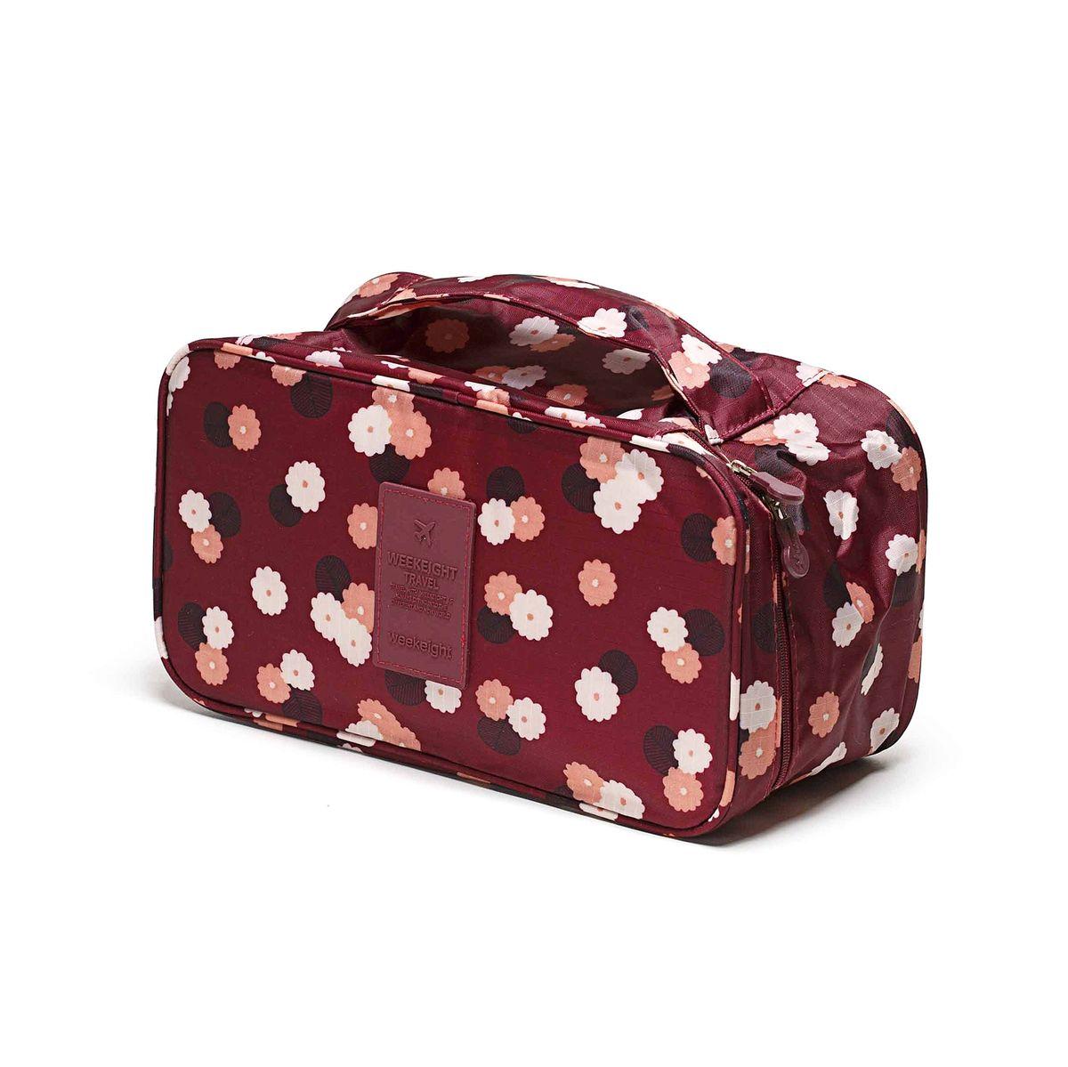 Косметичка-органайзер Homsu Цветок, цвет: бордовый, белый, розовый, 28 x 13 x 15 смTD 0033Косметичка-органайзер Homsu Цветок выполнена из высококачественного полиэстера. Закрывается изделие на застежку-молнию. Внутри имеется 4 отделения для мелочей, а также дополнительная сумочка размером 22 х 14 см, которая крепится к косметичке посредством липучки и надежно защищает ваши вещи за счет удобной молнии. Теперь вы сможете всегда брать с собой все, что вам может понадобиться. Сверху органайзера имеется ручка для удобной переноски. Косметичка-органайзер Homsu Цветок станет незаменимым аксессуаром для любой девушки.Размер косметички: 28 х 13 х 15 см. Размер сумочки: 22 х 14 см.