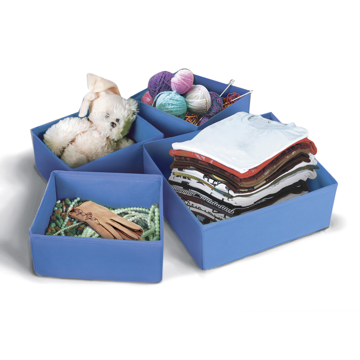 Набор коробок для хранения вещей Miolla, цвет: синий, 4 штБрелок для ключейНабор Miolla состоит из 4 коробок разного размера для хранения различных вещей. Коробки выполнены из высококачественного нетканого материала, который не пропускает пыль, но при этом позволяет воздуху свободно проникать внутрь, обеспечивая естественную вентиляцию. Благодаря специальным картонным вставкам, коробки прекрасно держат форму. Особая конструкция позволяет при необходимости сложить или разложить коробку. Благодаря вместительности коробок вы сможете сэкономить место в вашем доме, и все вещи всегда будут в порядке.Размеры коробок: 26 х 26 х 8 см, 26 х 14 х 8 см, 20 х 16 х 8 см, 20 х 16 х 8 см.