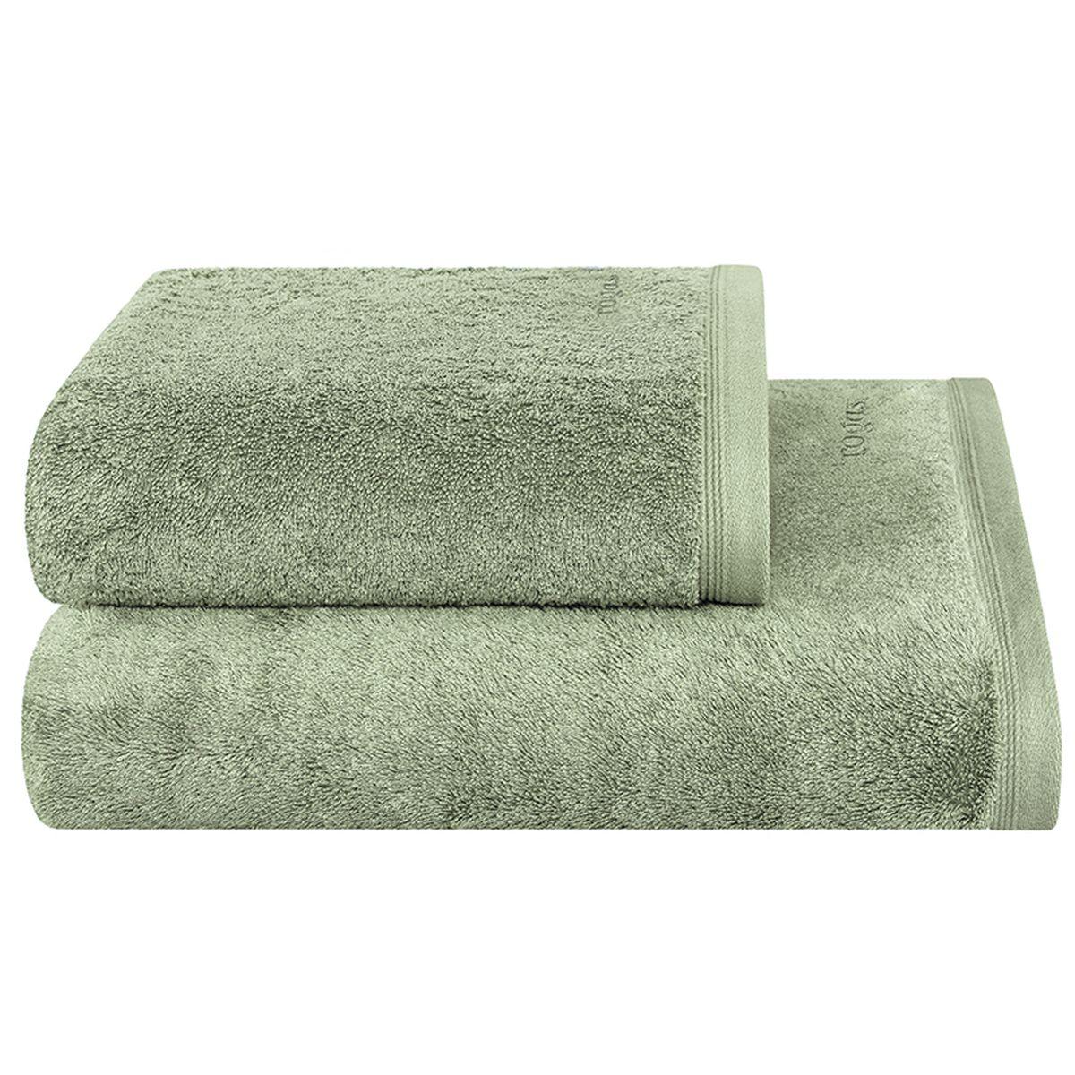 Полотенце Togas Пуатье, цвет: зеленый, 50 х 100 см68/5/3Полотенце Togas Пуатье невероятно гармонично сочетает в себе лучшие качества современного махрового текстиля. Безупречные по качеству, экологичное полотенце из 70% хлопка и 30% модала идеально заботится о вашей коже, особенно после душа, когда вы расслаблены и особо уязвимы. Деликатный дизайн полотенца Togas «Пуатье» - воплощение изысканной простоты, где на первый план выходит качество материала. Невероятно мягкое волокно модал, превосходящее по своим свойствам даже хлопок, позволяет улучшить впитывающие качества полотенца и делает его удивительно мягким. Модал - это 100% натуральное, экологически чистое целлюлозное волокно. Оно производится без применения каких-либо химических примесей, поэтому абсолютно гипоаллергенно.Полотенце Togas Пуатье, обладающее идеальными качествами, будет поднимать вам настроение.
