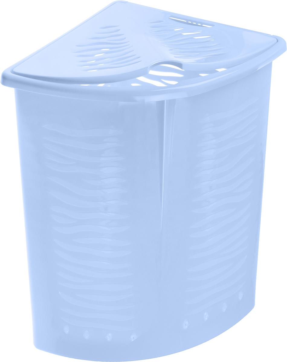 Корзина для белья BranQ Зебра, угловая, цвет: голубой, 40 л391602Корзина для белья BranQ Зебра изготовлена из прочного пластика. Корзина пропускает воздух, устойчива к влажности, поэтому идеально подходит для ванной комнаты. Изделие оснащено выемкой под руку и крышкой. Можно использовать для хранения белья, детских игрушек, домашней обуви и прочих бытовых вещей. Элегантный дизайн подойдет к интерьеру любой ванной.