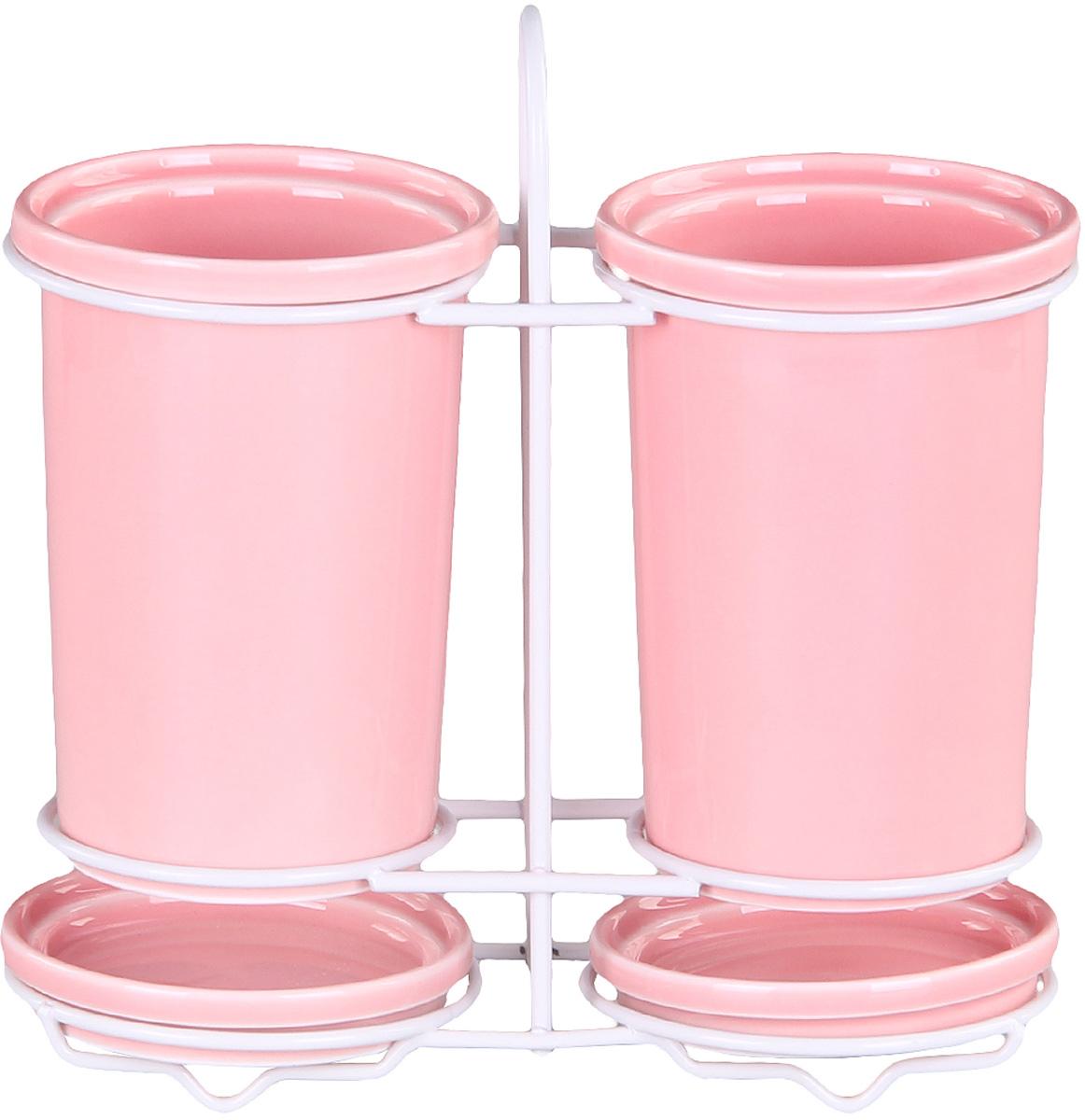 Подставка Patricia для столовых приборов. IM99-523121395599Подставка для столовых приборов и поддон выполнены из керамики, а специальный держатель из хромированной стали. Применение в производстве специальных эмалей позволяет керамике, используемой в этом изделии, соперничать по своим эстетическим свойствам с фарфором. Поддон для сбора воды легко мыть благодаря удобной конструкции держателя.