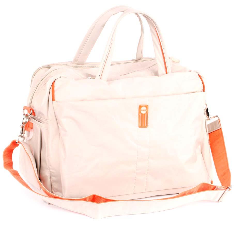 Сумка спортивная Polar, цвет: бежевый, 18 л. 10717A-B86-05-CСпортивная сумка Polar выполнена из нейлона. Основное отделение на застежке-молнии. Внутри расположен карман на кнопке. У сумки имеются боковые карманы, передний карман на молнии и мягкий карман для планшета на молнии. Изделие оснащено двумя удобными текстильными ручками и съемным текстильным плечевым ремнем.