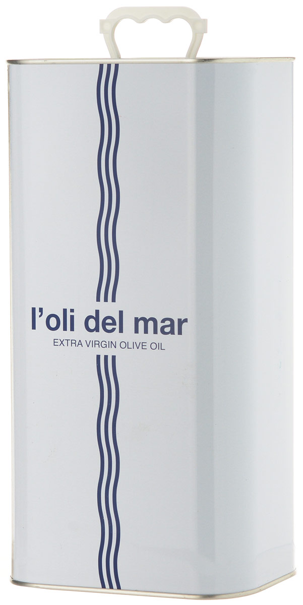 Loli del Mar Extra Virgin Моррут масло оливковое, 5 л0120710Loli del Mar Extra Virgin Моррут - нерафинированное оливковое масло первого холодного отжима, лимитированного выпуска. Этот сорт культивируется исключительно на небольшой площади в 26 000 гектаров в Террагоне (Каталония) и Кастильоне (Валенсия).Оливковое масло из сорта Моррут (Morrut) достаточно редкое. У этого масла интенсивный фруктовый аромат с преобладанием запаха зеленых листьев, артишока и миндаля, второй раскрывающийся аромат - яблоко. Вкус - нежный, сладковатый, с нотами томата. Элегантный гармоничный вкус в основе которого миндальные и ореховые тона.Дизайн алюминиевой емкости также был отмечен премией на конкурсе LiderPack. Идея дизайна отражает философию марки - соединения средиземноморских традиций, моря, солнца и оливкового масла. Оливковое масло - основа средиземноморской диеты.
