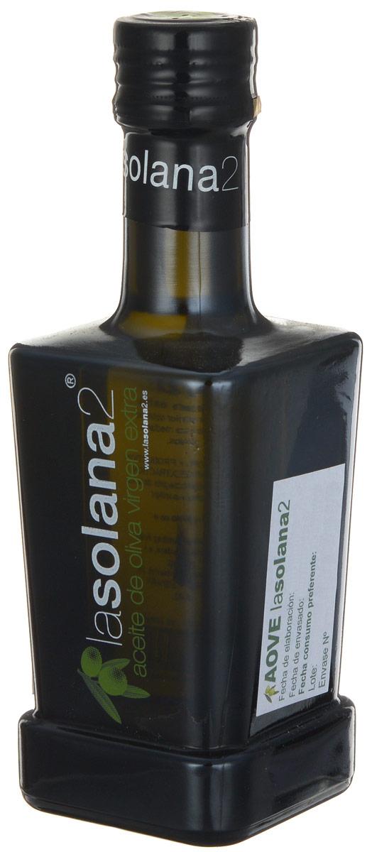 Lasolana2 Extra Virgin масло оливковое, 250 мл0120710Lasolana2 - нерафинированное оливковое масло холодного отжима лимитированного выпуска из сорта оливок пикуаль. Оно произведено фермером Кристобалем Санчес де Аран в высокогорной части провинции Алмерия.Самым большим преимуществом этого масла является очень ранний сбор оливок, когда они еще зеленые, поэтому масло имеет натуральный изумрудный цвет. Содержание масла в зеленых оливках очень низкое, поэтому масло очень дорогое. Зато в таком масле много полифенолов, оно имеет свежий аромат и очень низкую кислотность, а именно 0,1%, поэтому такое масло долго хранится и очень полезно для здоровья.