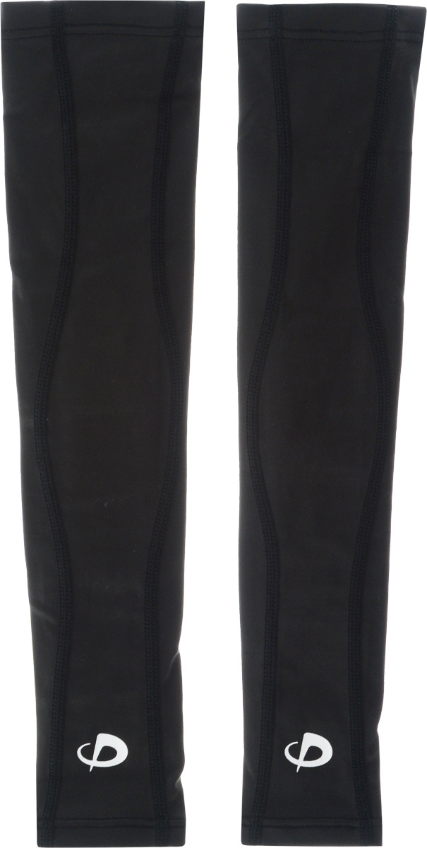 Рукав силовой Phiten X30 Long, цвет: черный, 2 шт. Размер S (19-25 см)AIRWHEEL M3-162.8Рукав силовой Phiten X30 Long, выполненный из 85% полиэстера и 15% полиуретана, идеально подходит для поддержки и увеличения силы мышц (плеча/предплечья) спортсменов. Рукав снимает мышечное напряжение, повышает выносливость и силу мышц. Он мягко фиксирует суставы, но при этом абсолютно не стесняет движения.Благодаря пропитке из акватитана с фактором X30, рукав увеличивает эластичность мышц и связок, а также хорошо поглощает и испаряет пот, что позволяет продлить ощущение комфорта при тренировках.Изделие специально разработано таким образом, чтобы соответствовать форме руки и обеспечить плотное прилегание, а благодаря инновационным материалам, рукав действительно поможет вам в процессе тяжелой тренировки или любой серьезной нагрузки.Силовой рукав Phiten X30 Long способствует:- улучшению циркуляции крови в организме;- разгрузке поврежденного сустава; - уменьшению усталости;- снятию излишнего напряжения и скорейшему восстановлению сил;- обеспечивает компрессионный эффект.Обхват предплечья: 19-25 см. Длина рукава: 37 см. Комплектация: 2 шт.