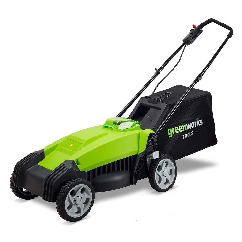 """Газонокосилка аккумуляторная Greenworks G-MAX G40LM35, 40 В, 35 см (без АКБ и ЗУ)80653Газонокосилка аккумуляторная Greenworks G-MAX G40LM35 - это полупрофессиональная модель для стрижки газонов в домашних хозяйствах. Газонокосилка оборудована системой защиты двигателя от механических повреждений камнями. Данная модель оснащена травосборником и обладает функцией мульчирования. Травосборник служит для сбора скошенной травы. Таким образом, предотвращается выгрузка на газон, который вы скашиваете. Мульчирующая заглушка, закрывающая заднее разгрузочное отверстие, позволяет ножу косилки измельчать срезанную траву. Удобный 5-ступенчатый рычаг обеспечивает регулировку высоты скашивания от 32 мм до 85 мм. Удобная рукоятка, 6"""" передние и 7"""" задние колеса позволят комфортно управлять газонокосилкой. Рама газонокосилки имеет складную конструкцию, для удобства транспортировки и хранения. Эта модель моментально готова к работе нажатием одной кнопки. Благодаря питанию от 40V аккумулятора газонокосилка обеспечивает долгую автономную работу. Данный аккумулятор совместим с другими устройствами из линейки G-MAX 40V. Для безопасной работы газонокосилка оснащена ключом безопасности. Преимущества: - Работа от 40V аккумулятора, совместимого с другими устройствами из линейки 40V. - Мульчирование, выгрузка в травосборник. - 5-ступенчатый рычаг регулировки высоты скашивания. - 6"""" передние и 7"""" задние колеса. - Система защиты двигателя от механических повреждений. - Прорезиненная передняя рукоятка. - Складная конструкция рамы. - Не требует времени для подготовки к работе. - Время автономной работы - 60 минут. Технические характеристики: - Двигатель: щеточный. - Номинальное напряжение: 40 В. - Ширина скашивания: 35 см. - Объем травосборника: 40 л. - Высота скашивания: 32-85 мм. - Скорость вращения вала: 3600 об/мин. Аккумуляторная батарея и зарядное устройство в комплект не входят. Газонокосилка работает с аккумуляторами Greenworks G-MAX40 (арт. 29717, 29727) и зарядным устройством G40C (арт. """