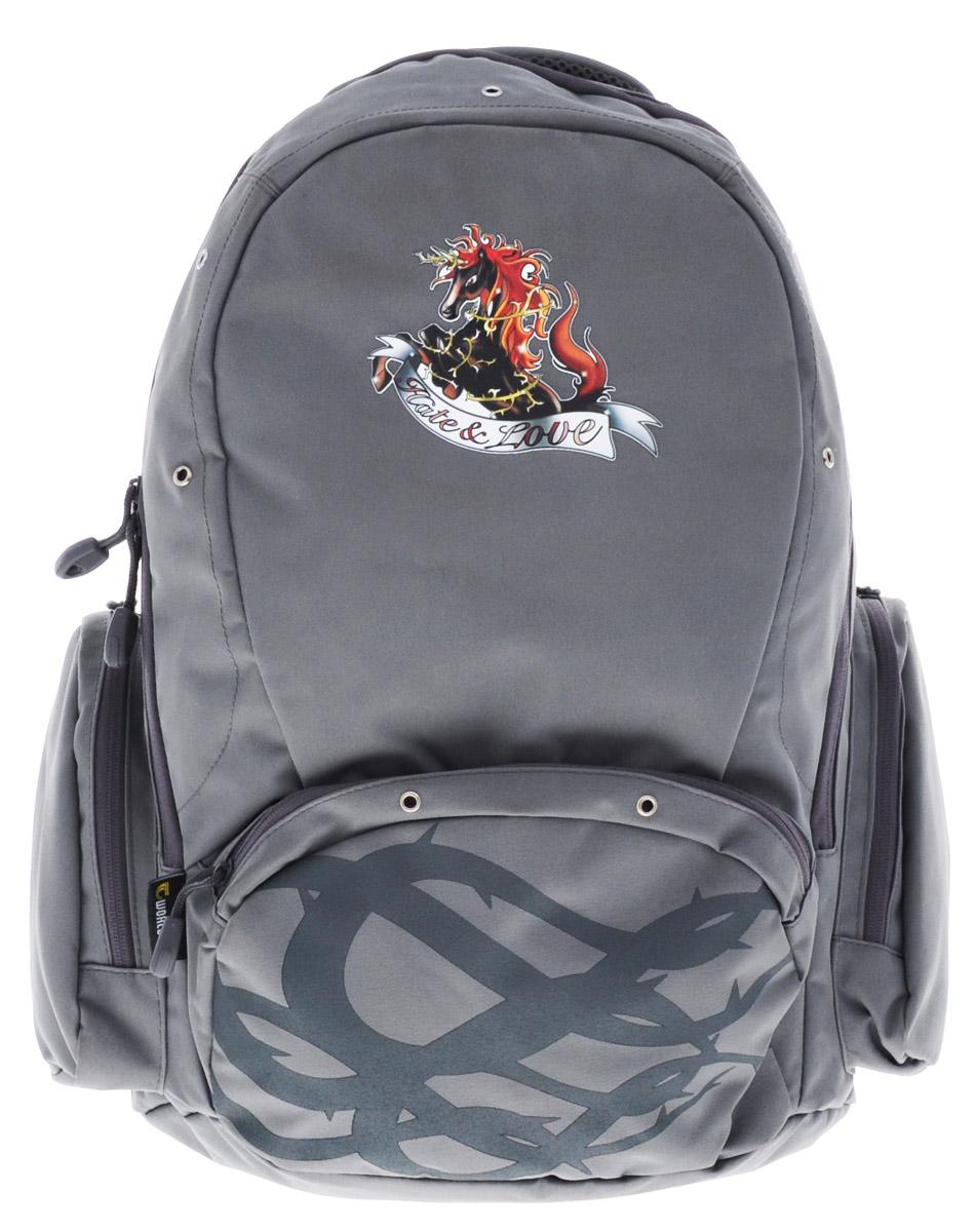 Tiger Enterprise Рюкзак детский Hate & LoveTK18Удобный детский рюкзак Tiger Enterprise Hate & Love - это красивый и стильный рюкзак, который подойдет всем, кто хочет разнообразить свои школьные будни.Благодаря анатомической рельефной спинке, повторяющей контур спины и двум эргономичным плечевым ремням, длина которых регулируется, у ребенка не возникнут проблемы с позвоночником. Рюкзак выполнен из качественного и прочного материала.Рюкзак имеет одно основное отделение, которое закрывается на застежку-молнию с двумя бегунками. Внутри отделения расположен вместительный накладной карман на резинке и небольшой пришивной кармашек на молнии. По бокам рюкзака расположены два накладных кармана на молниях, на лицевой стороне - вместительный карман на молнии. Изделие оснащено удобной ручкой для переноски в руках и петлей для подвешивания.Детский рюкзак Tiger Enterprise Hate & Love станет незаменимым спутником вашего ребенка в походах за знаниями.