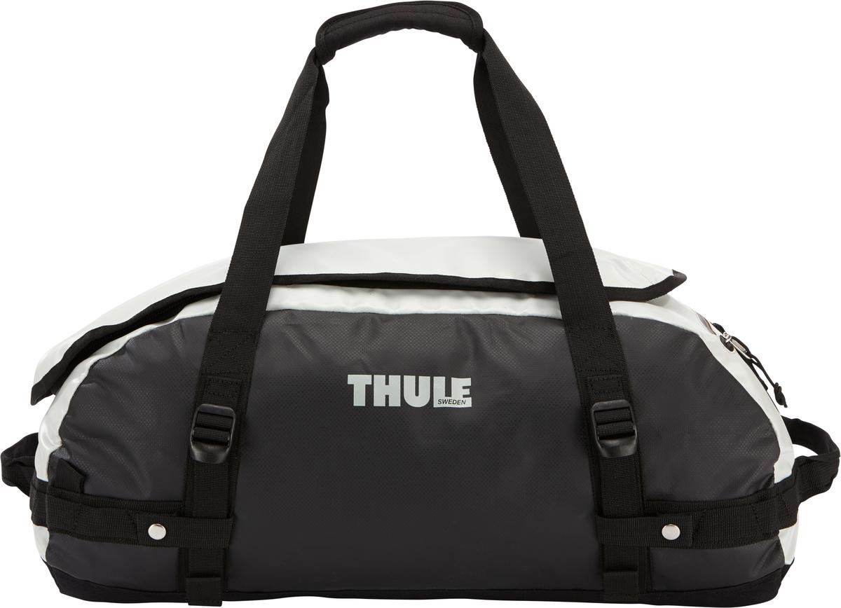 Туристическая сумка-баул Thule Chasm S, цвет: серый, черный, 40 лMW-1462-01-SR серебристыйThule Chasm Small - эта жесткая, устойчивая к неблагоприятным погодным условиям сумка с широко раскрывающимся основным отделением и съемными ремнями — ваш надежные спутники в любой поездке. Широко раскрывающееся отделение делает загрузку оборудования в сумку очень удобным. Боковые замки делают доступ к основному отделению удобным с любого угла Ремни складываются вдоль боковых сторон сумки. Ремни быстро превращают рюкзак в сумку. Прочная водонепроницаемая брезентовая ткань для удобной укладки вещей, которая легко складывается для хранения. Внутренние сетчатые карманы сохранят ваши вещи в порядке. Внешние фиксирующие ремни предотвращают содержимое сумки от падения на дно, когда она используется как рюкзак. Уплотненная нижняя часть сумки обеспечивает мягкое соприкосновение с землей. Блокировка застежки-молнии для защиты от воров (замок продается отдельно). Внешний сетчатый карман для небольших предметов.Размер сумки: 56 x 32 x 25 см.
