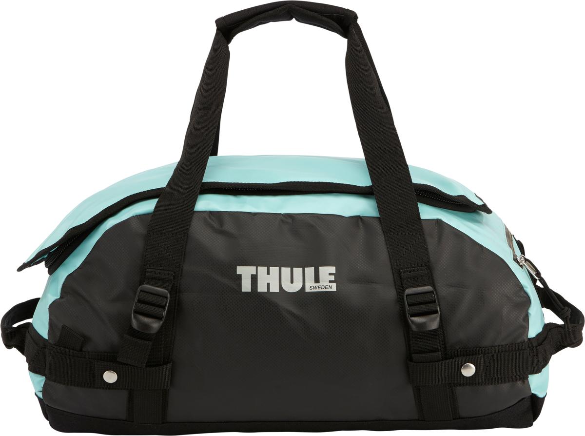 Туристическая сумка-баул Thule Chasm XS, цвет: голубой, 27лMABLSEH10001Thule Chasm X-Small - Эти жесткие, устойчивые к неблагоприятным погодным условиям сумки с широко раскрывающимся основным отделением и съемными ремнями — ваши надежные спутники в любой поездке. Широко раскрывающееся отделение делает загрузку оборудования в сумку очень удобным. Боковые замки делают доступ к основному отделению удобным с любого угла Ремни складываются вдоль боковых сторон сумки. Ремни быстро превращают рюкзак в сумку. Прочная водонепроницаемая брезентовая ткань для удобной укладки вещей, которая легко складывается для хранения. Внутренние сетчатые карманы сохранят ваши вещи в порядке. Внешние фиксирующие ремни предотвращают содержимое сумки от падения на дно, когда она используется как рюкзак. Уплотненная нижняя часть сумки обеспечивает мягкое соприкосновение с землей. Блокировка застежки-молнии для защиты от воров (замок продается отдельно). Внешний сетчатый карман для небольших предметов.
