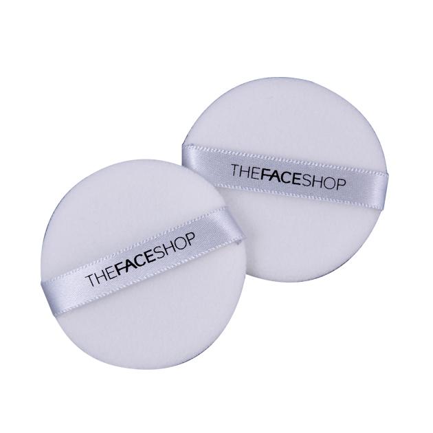 The Face Shop Daily Beauty Спонжи для нанесения макияжа круглые, 2 шт1301210Многофункциональный спонж для макияжа, созданный для растушевки пудры или пудры-основы. Создает идеально гладкое и ровное покрытие. В комплекте 2 штуки. 7,5х1х16,5 см