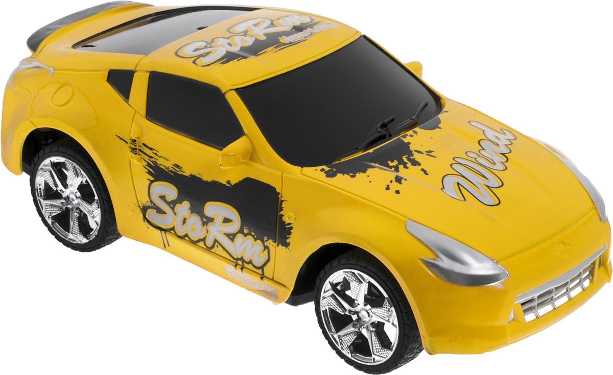 """Машина на радиоуправлении Plastic Toy """"Flash Racing"""" изготовлена из пластика с металлическими элементами. Колеса игрушки прорезинены и обеспечивают плавный ход, машинка не портит напольное покрытие. Юные гонщики оценят эту машину за прекрасные технические характеристики и свободу передвижений. Моделью легко управлять и любая гонка принесет удовольствие. Управление машинкой происходит с помощью удобного пульта. Автомобиль двигается вперед и назад, поворачивает направо и налево. Радиоуправляемые игрушки способствуют развитию координации движений, моторики и ловкости. Ваш ребенок часами будет играть с моделью, придумывая различные истории и устраивая соревнования. Машина работает от 3 батареек напряжением 1,5V типа АА (не входят в комплект). Для работы пульта управления необходимы 2 батарейки напряжением 1,5V типа AA (не входит в комплект)."""