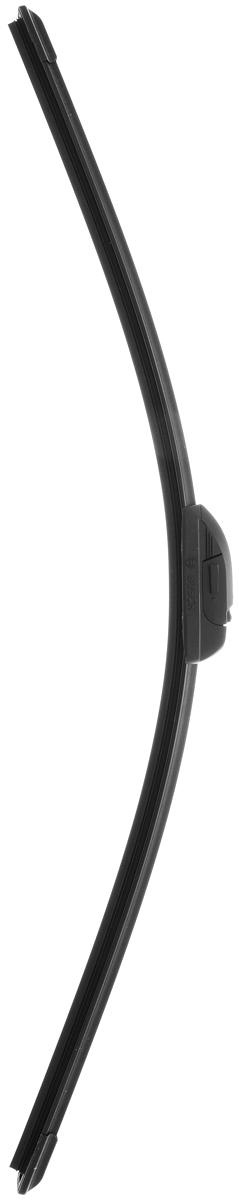 Щетка стеклоочистителя Bosch AR65N, бескаркасная, со спойлером, длина 65 см, 1 шт112825Бескаркасная щетка Bosch AR65N, выполненная по современной технологии из высококачественных материалов, отличается высоким качеством исполнения и оптимально подходит для замены оригинальных щеток, установленных на конвейере. Обеспечивает качественную очистку стекла в любую погоду.AEROTWIN - серия бескаркасных щеток компании Bosch. Щетки имеют встроенный аэродинамический спойлер, что делает их эффективными на высоких скоростях, и изготавливаются из многокомпонентной резины с применением натурального каучука.