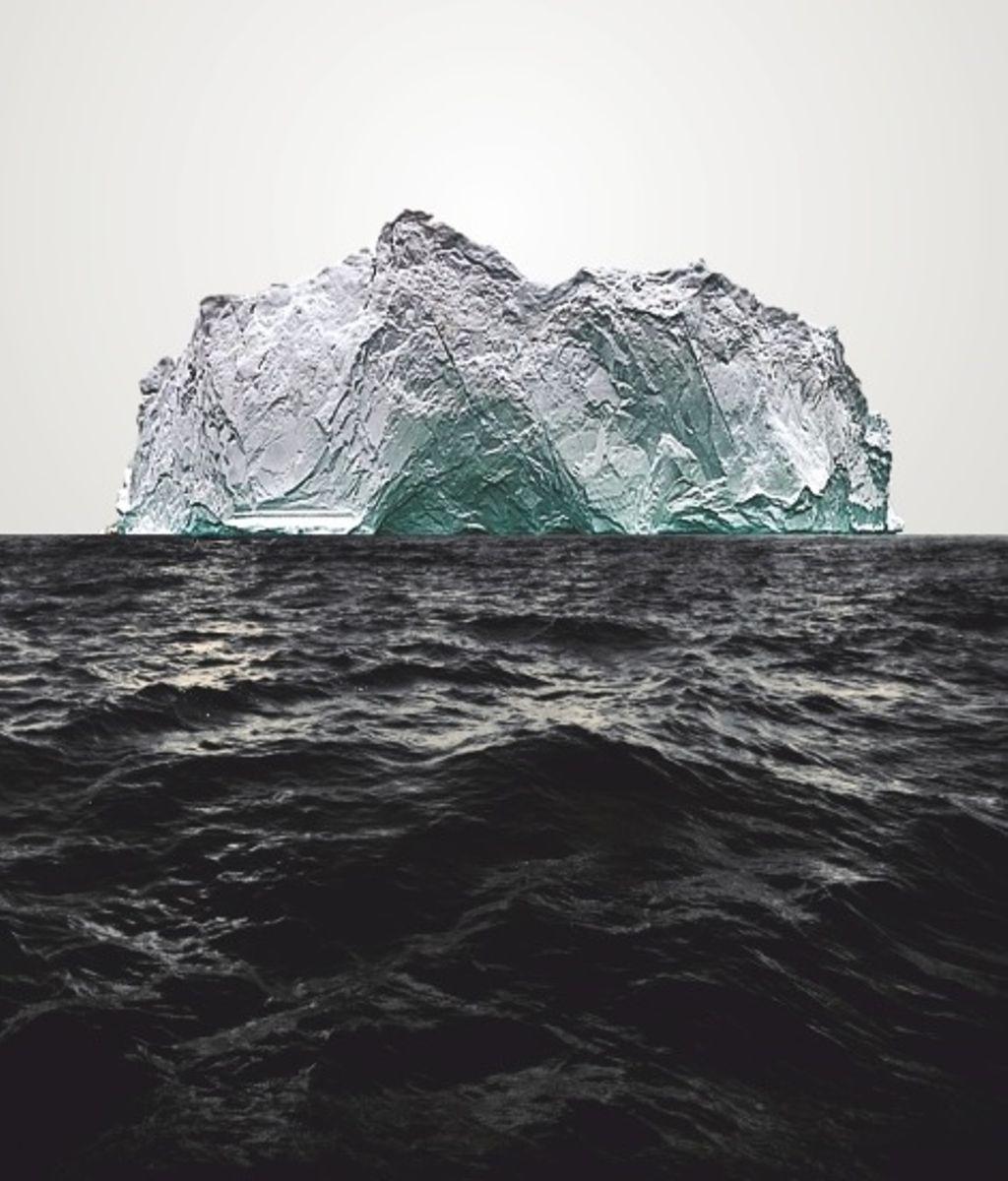 Штора для ванной комнаты Vanstore Айсберг, с кольцами, 180 х 180 см620-20Штора Vanstore Айсберг выполнена из полиэстера и оформлена изображением айсберга в океане. Она надежно защитит от брызг и капель пространство вашей ванной комнаты в то время, пока вы принимаете душ. В верхней кромке шторы предусмотрены отверстия для пластиковых колец (входят в комплект).Привлекательный дизайн шторы наполнит вашу ванную комнату положительной энергией. Количество колец: 12 шт.Плотность: 100 г/м2.