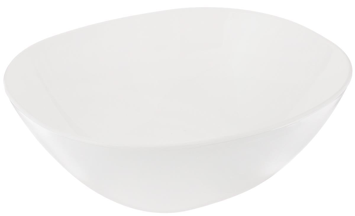 Салатник Luminarс Squera, 25 х 21,5 х 9,5 см54 009312Салатник Luminarс Squera, изготовленный из высококачественного стекла, сочетает в себе изысканный дизайн с максимальной функциональностью. Оно идеально подходит для сервировки стола и подачи закусок, солений и других блюд. Такое блюдце прекрасно впишется в интерьер вашей кухни и станет достойным подарком к любому празднику. Подходит для использования в посудомоечной машине и микроволновой печи.