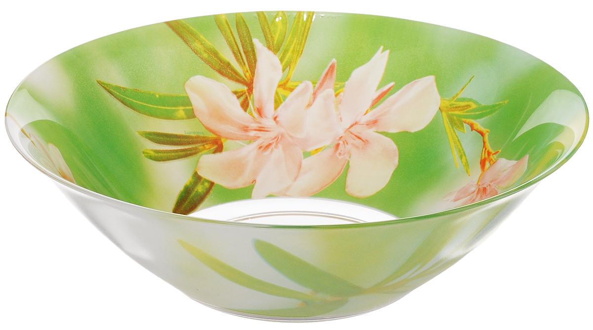 Салатник Luminarc Freesia, диаметр 27 смG8463Салатник Luminarc Freesia выполнен из высококачественного стекла и украшен ярким цветочным рисунком. Он прекрасно впишется в интерьер вашей кухни и станет достойным дополнением к кухонному инвентарю. Салатник Luminarc Freesia подчеркнет прекрасный вкус хозяйки и станет отличным подарком.Можно мыть в посудомоечной машине и использовать в СВЧ.Диаметр салатника (по верхнему краю): 27 см.Высота стенки салатника: 9 см.