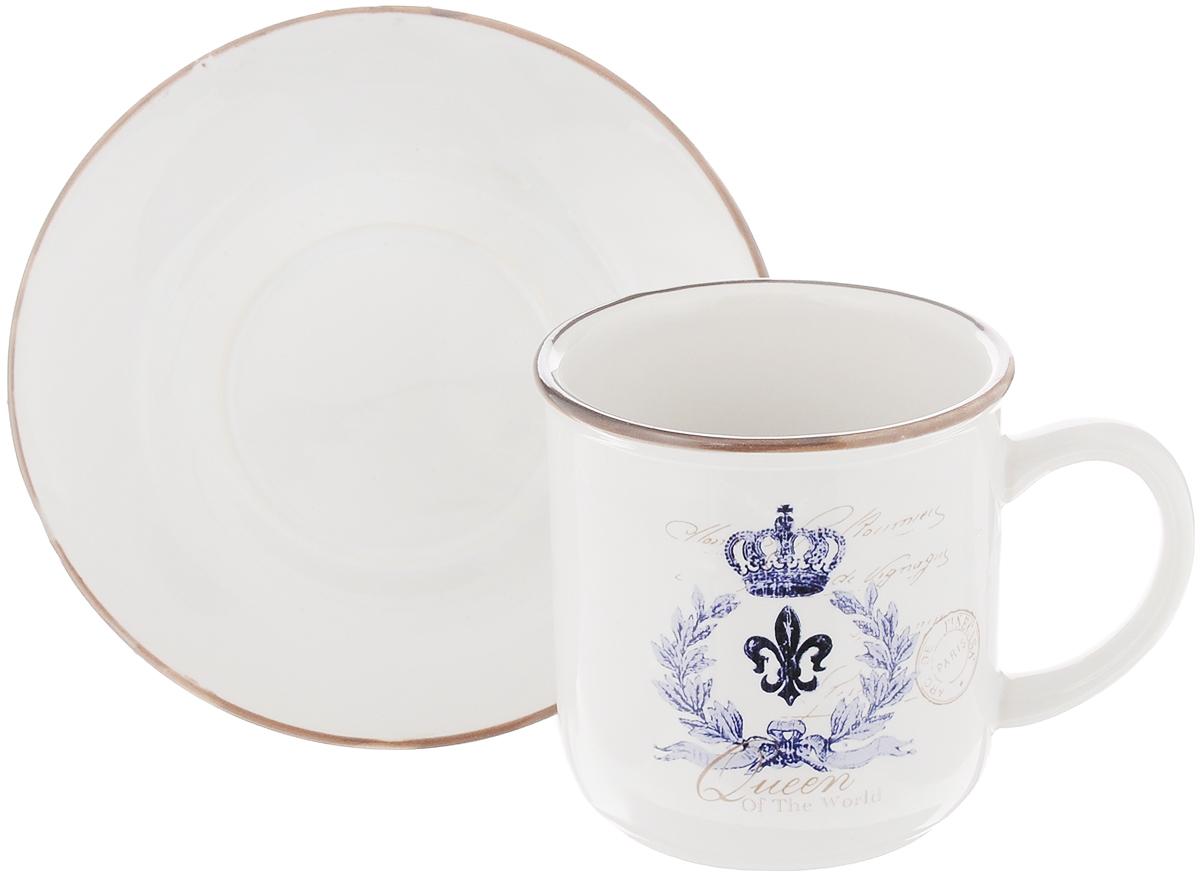 Чайная пара Королевский, 2 предмета115510Чайный набор Королевский, выполненный из высококачественной керамики, состоит из чашки и блюдца. Внешние стенки чашки выполнены в ярком дизайне. Чайная пара - идеальный подарок для вашего дома и для ваших друзей в праздники, юбилеи и торжества. Она также станет отличным украшением любой кухни. Можно мыть в посудомоечной машине и использовать в микроволновой печи. Объем чашки: 200 мл Диаметр чашки по верхнему краю: 8 см Высота чашки: 8 смДиаметр блюдца: 13,5 см Высота блюдца: 2 см.