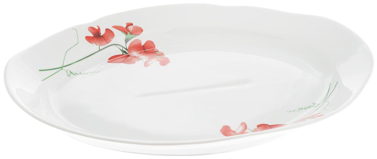 Блюдо Идиллия.е Рубин, 33 х 23 см94672Сервировочное блюдо Идиллия. Рубин, изготовленное из фарфора, прекрасно подойдет для подачи нарезок, закусок и других блюд. Изделие, оформленное цветочным рисунком, украсит сервировку вашего стола и подчеркнет прекрасный вкус хозяйки.