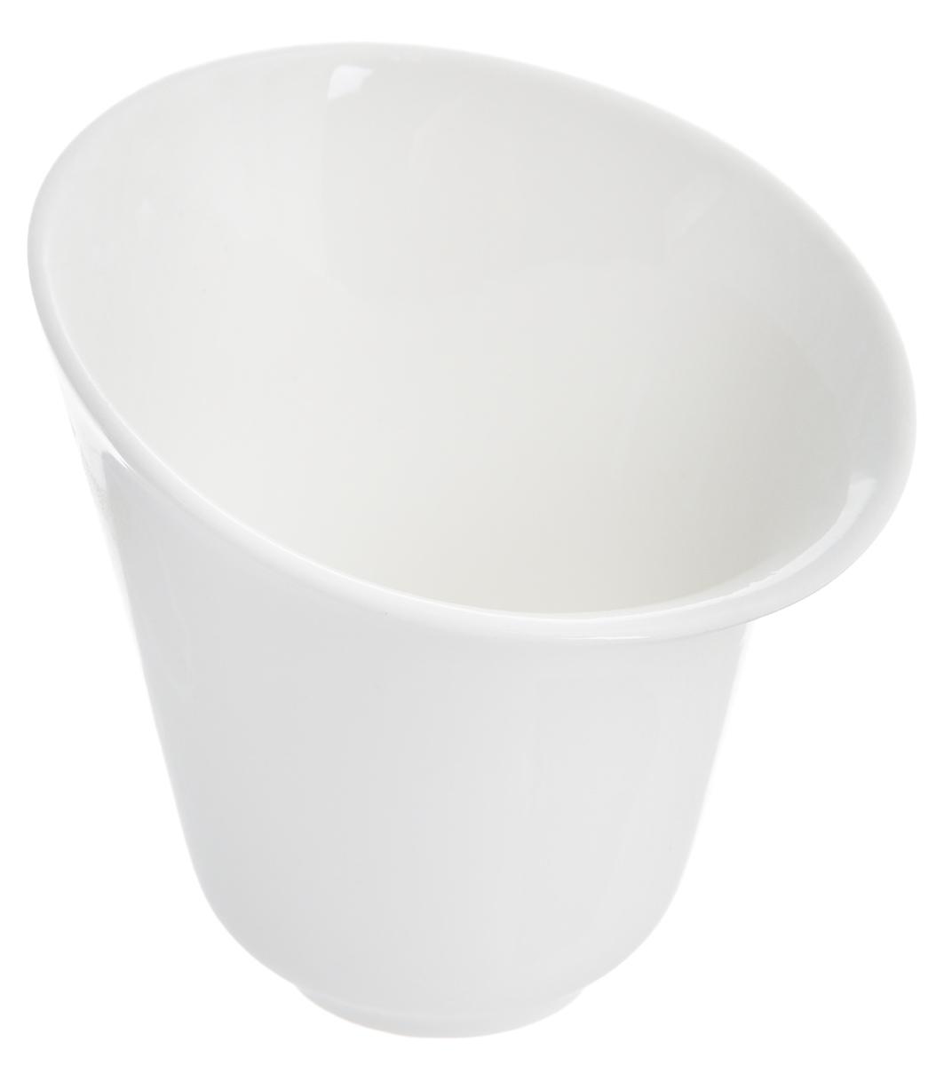 Салатник Deagourmet Soffio, 250 мл391602Оригинальный салатник Deagourmet Soffio, изготовленный из высококачественного фарфора,сочетает в себе изысканный дизайн с максимальной функциональностью.Он идеально подходит для сервировки стола и подачи закусок, солений и других блюд. Такой салатник прекрасно впишется в интерьер вашей кухни и станет достойным подарком клюбому празднику.