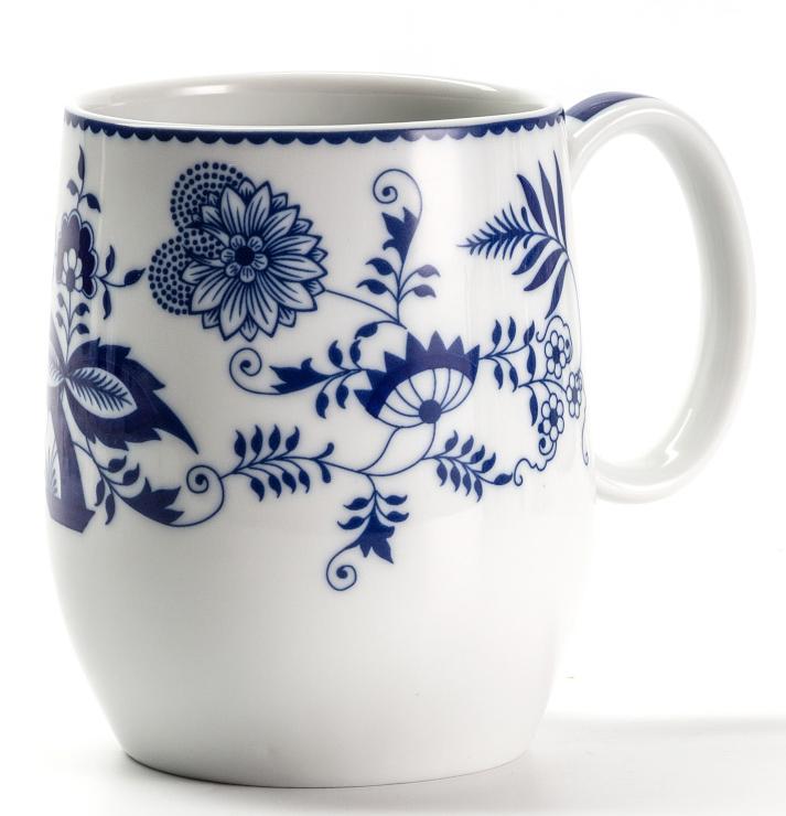 Кружка La Rose des Sables Ognion Bleu, 400 мл391602Кружка La Rose des Sables Ognion Bleu выполнена из высококачественного фарфора. Изделие декорировано ярким принтом. Такая кружка не только порадует своей практичностью, но и станет приятным сувениром для ваших близких. А оригинальное оформление кружки добавит ярких эмоций.