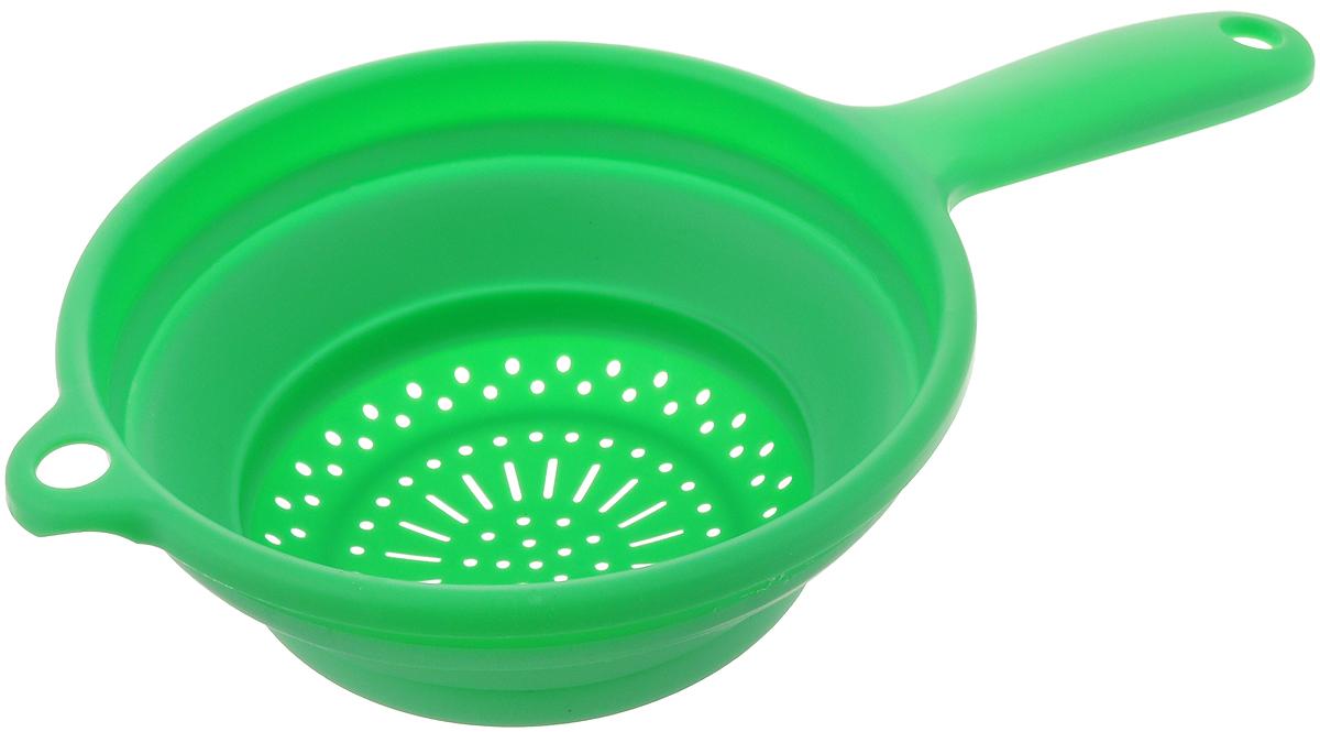 Дуршлаг складной Dom Company, цвет: зеленый, диаметр 20 см832-022_зеленыйСкладной дуршлаг Dom Company изготовлен из цветного прочного силикона и пластика. Удобная ручка обеспечивают комфорт во время использования. Дуршлаг легко складывается и раскладывается, благодаря чему не занимает много места на кухне. Можно мыть в посудомоечной машине.Размер (в сложенном виде): 33,5 см х 20 см х 3 см.Размер (в разложенном виде): 33,5 см х 20 см х 8 см.Диаметр: 20 см.