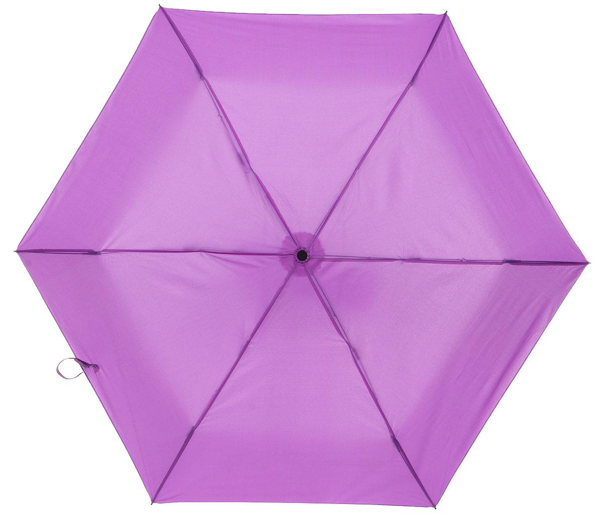 Зонт детский Эврика Баклажан, механика, 2 сложения, цвет: фиолетовый. 96775П300020001-21Оригинальный и яркий детский зонт Эврика станет замечательным подарком для вашего ребенка.Изделие имеет механический способ сложения: и купол, и стержень открываются вручную до характерного щелчка. Зонт состоит из шести спиц и стержня, изготовленных из металла. Яркий купол выполнен из качественного нейлона, который не пропускает воду. Зонт дополнен чехлом из пластика, имитирующим баклажан. Ручка выполнена в виде черенка баклажана и дополнена петлей, благодаря которой зонт можно носить на запястье.Компактный пластиковый чехол предохраняет зонт от повреждений.Оригинальный дизайн зонта поднимет настроение не только вам, но и окружающим.